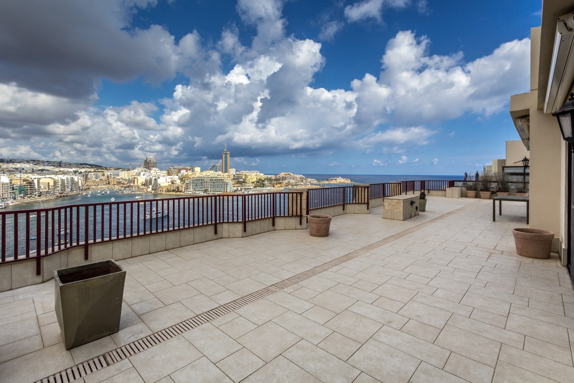 4 bed Penthouse For Rent in Sliema, Sliema - thumb 17
