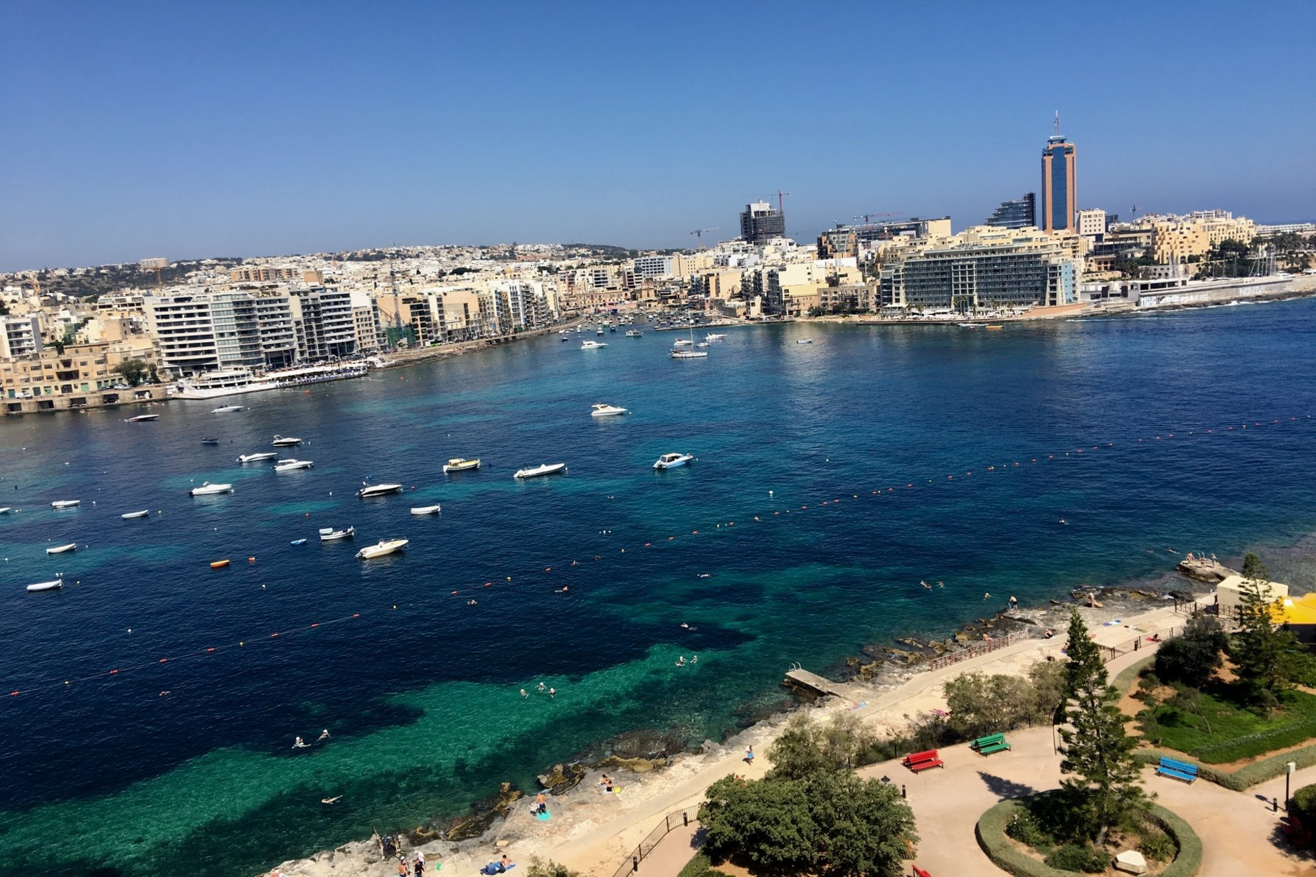 4 bed Apartment For Rent in Sliema, Sliema - thumb 8