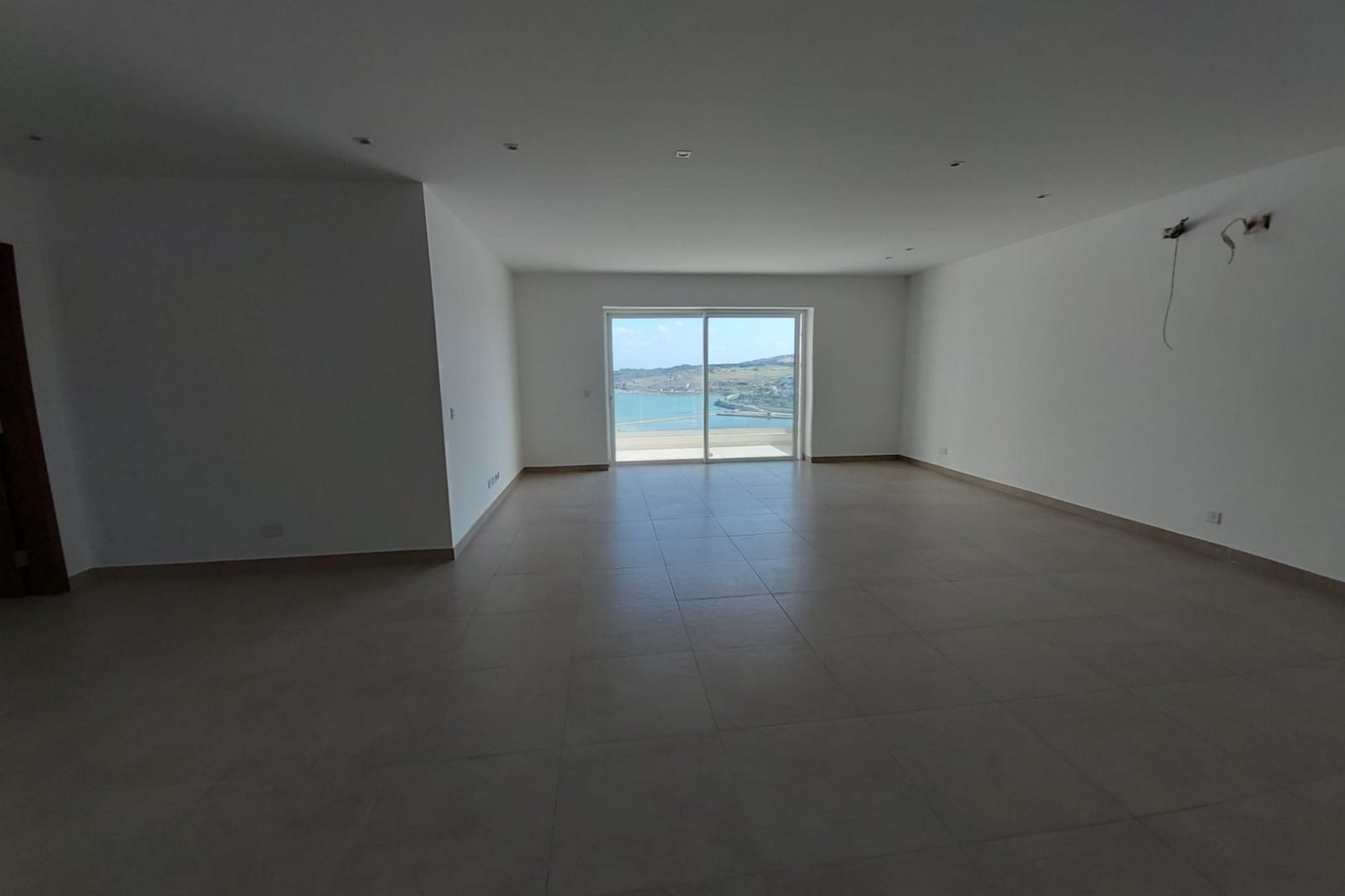 3 bed Apartment For Sale in Qawra, Qawra - thumb 2