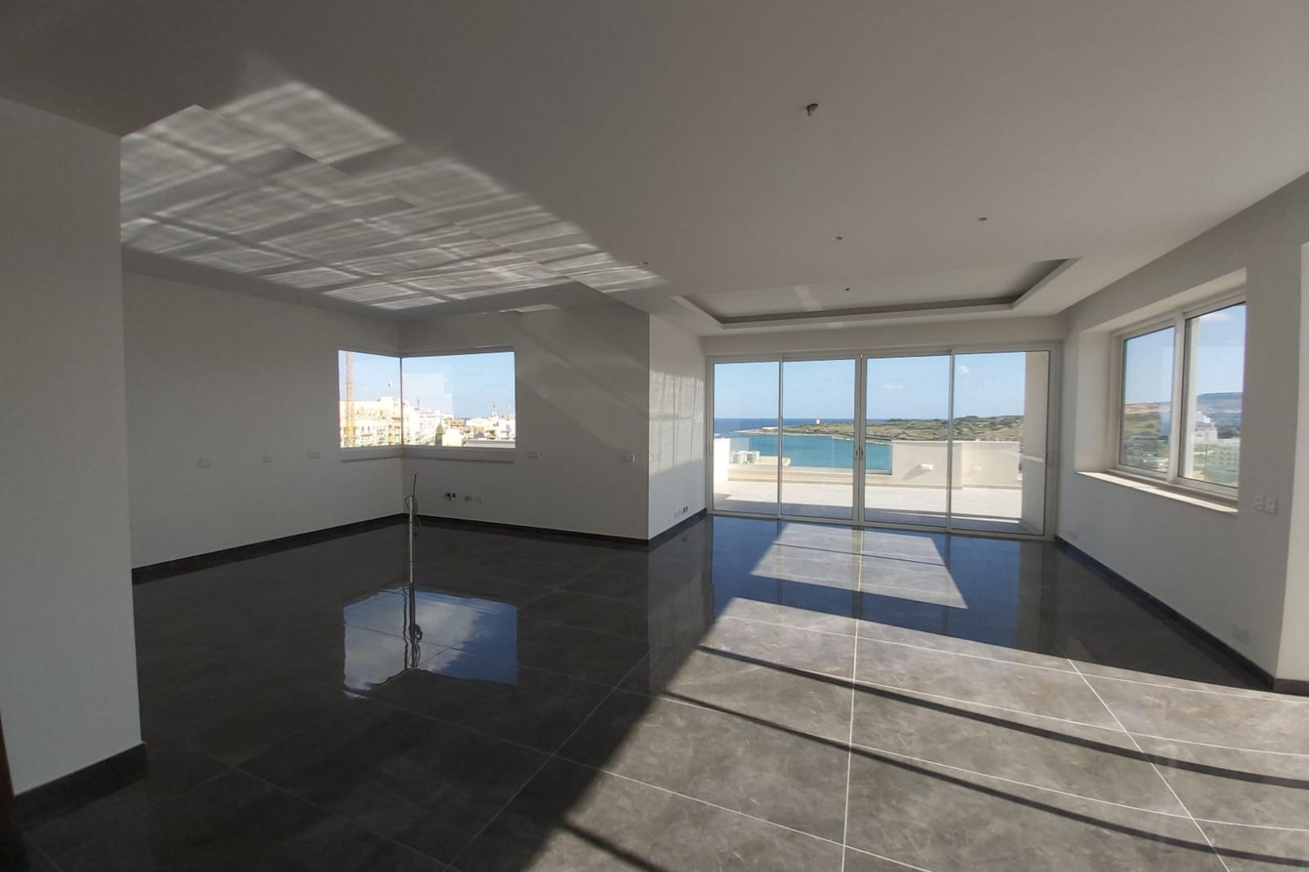 3 bed Penthouse For Sale in Qawra, Qawra - thumb 3