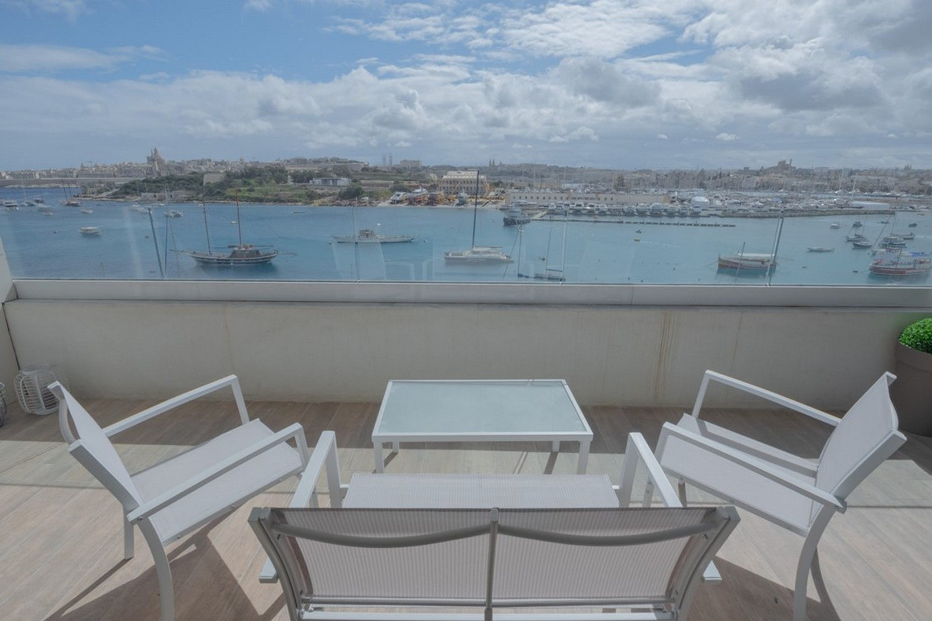 4 bed Apartment For Rent in Sliema, Sliema - thumb 3