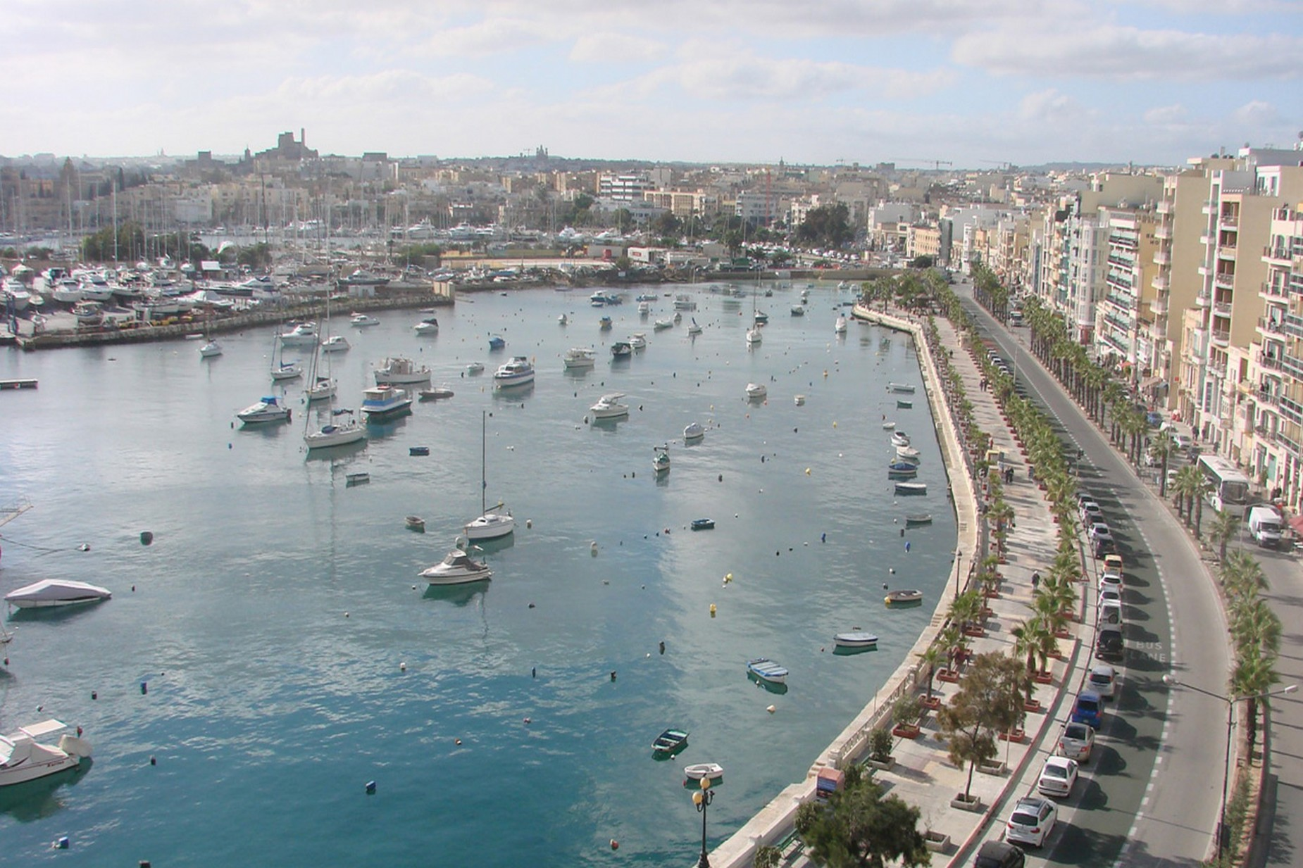 3 bed Apartment For Rent in Sliema, Sliema - thumb 10