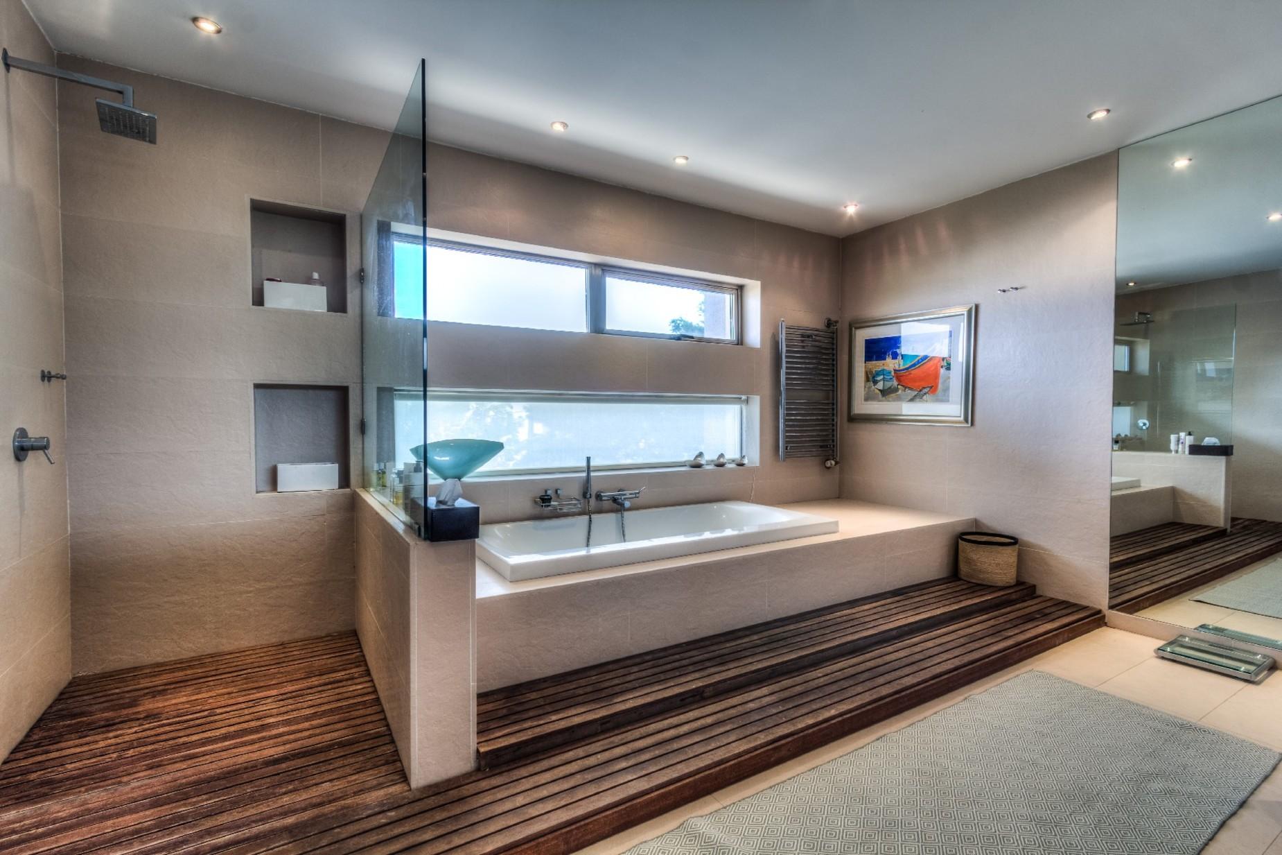 7 bed Villa For Sale in Bahar ic-Caghaq, Bahar ic-Caghaq - thumb 32
