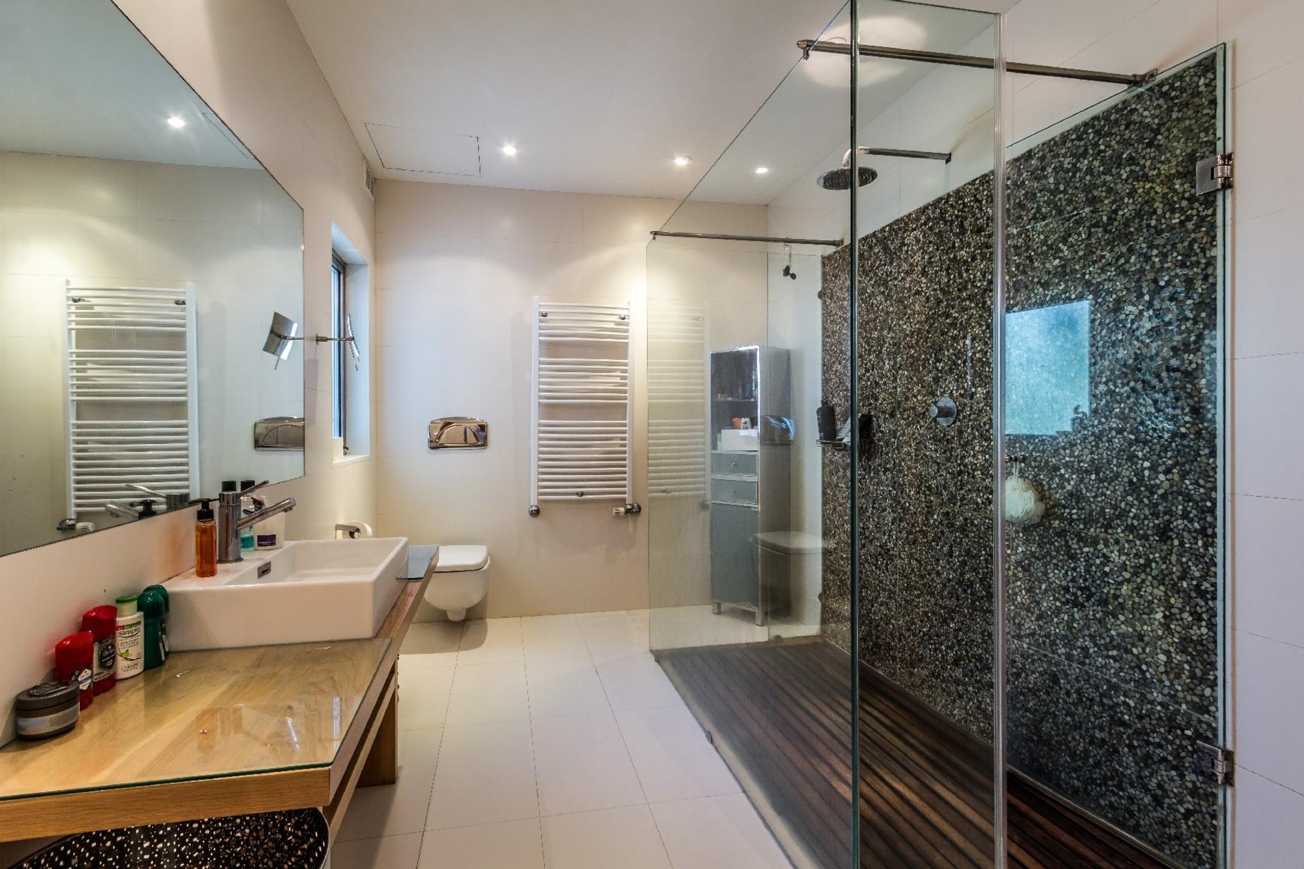 7 bed Villa For Sale in Bahar ic-Caghaq, Bahar ic-Caghaq - thumb 24