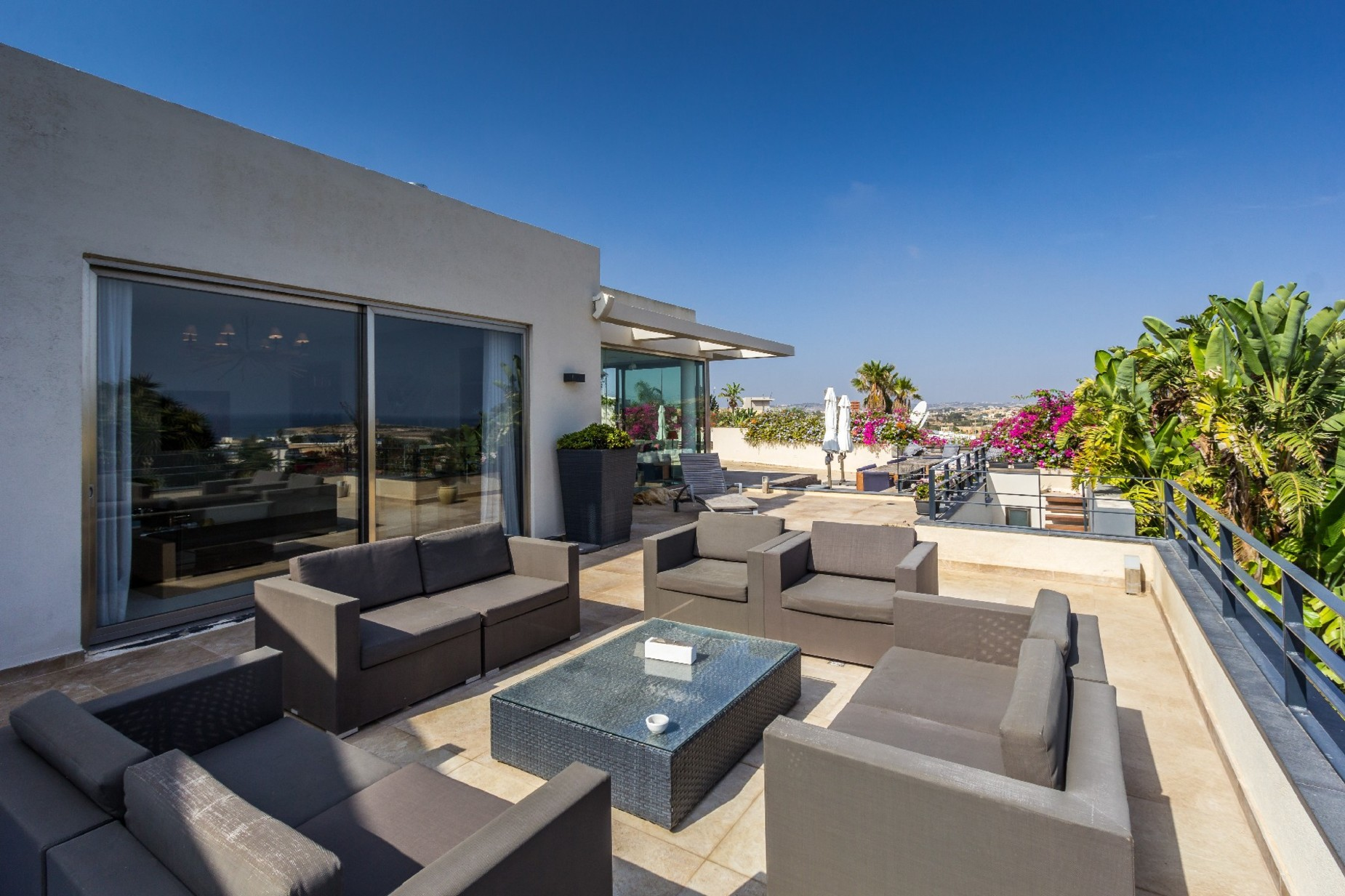 7 bed Villa For Sale in Bahar ic-Caghaq, Bahar ic-Caghaq - thumb 8