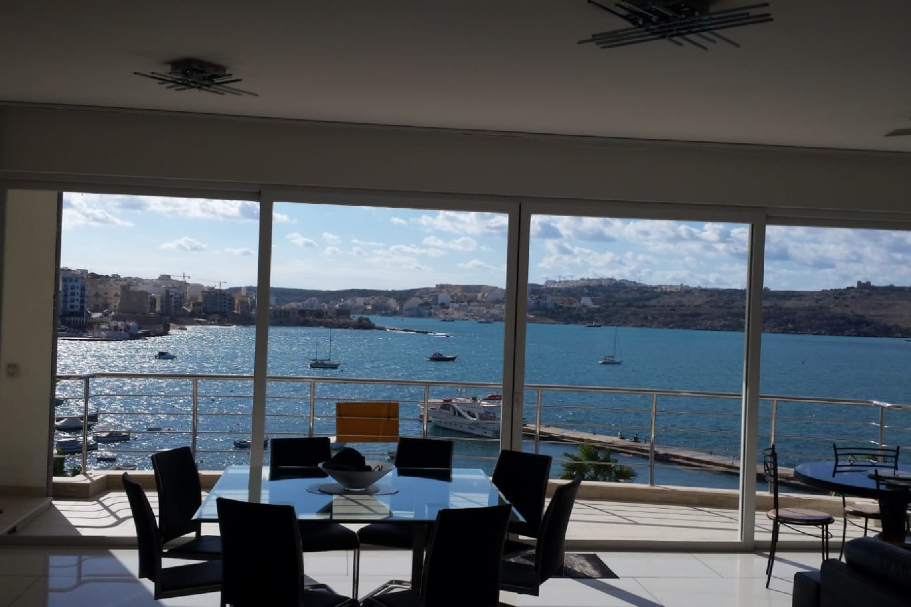 2 bed Apartment For Rent in St Paul's Bay, St Paul's Bay - thumb 2