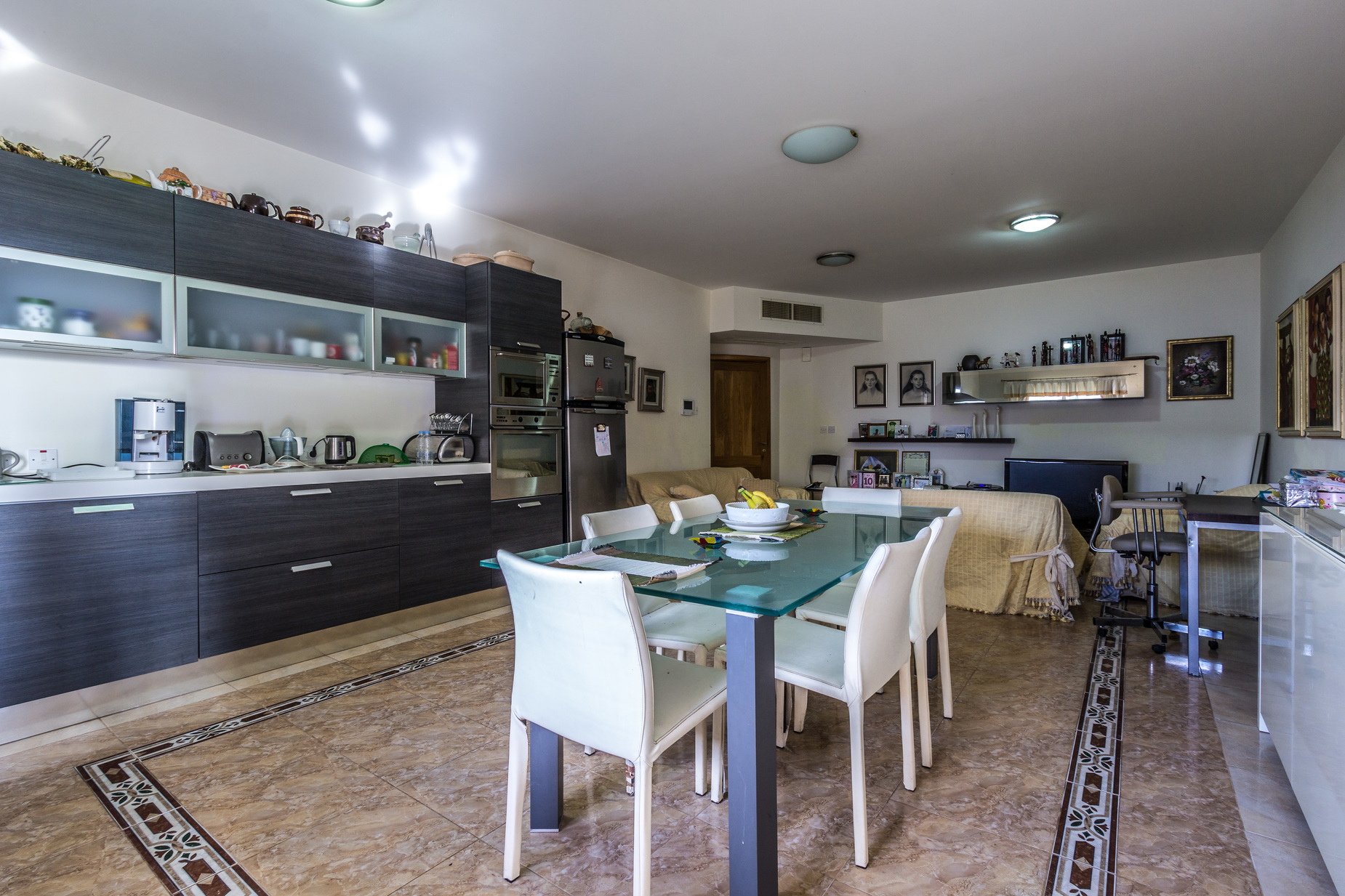 3 bed Apartment For Sale in Rabat, Rabat - thumb 8