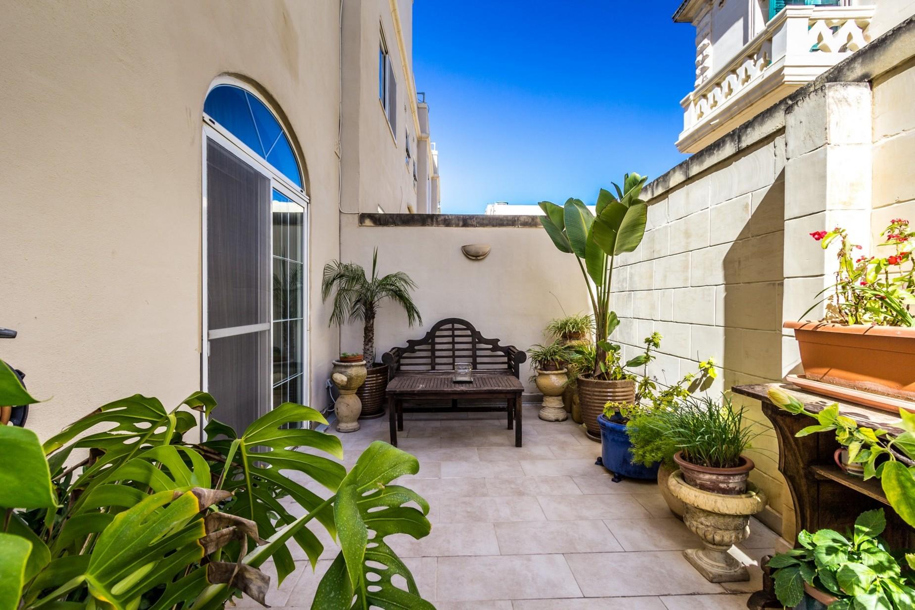 4 bed Villa For Sale in Balzan, Balzan - thumb 4