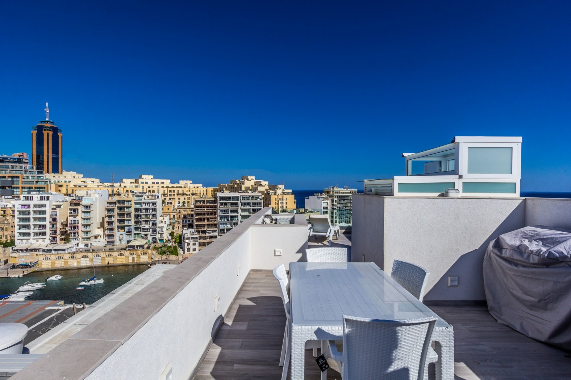 2 bed Penthouse For Rent in St Julian's, St Julian's - thumb 12