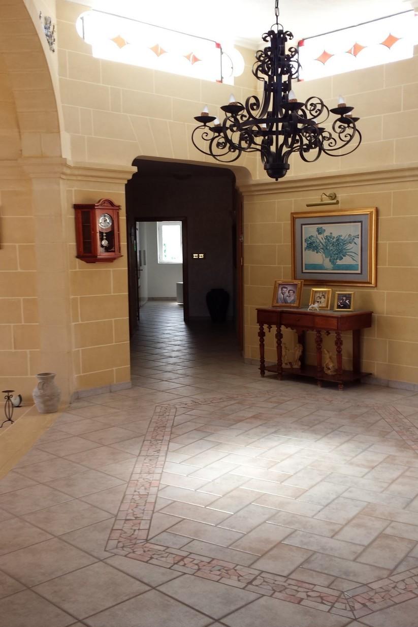 3 bed Villa For Rent in Iklin, Iklin - thumb 5
