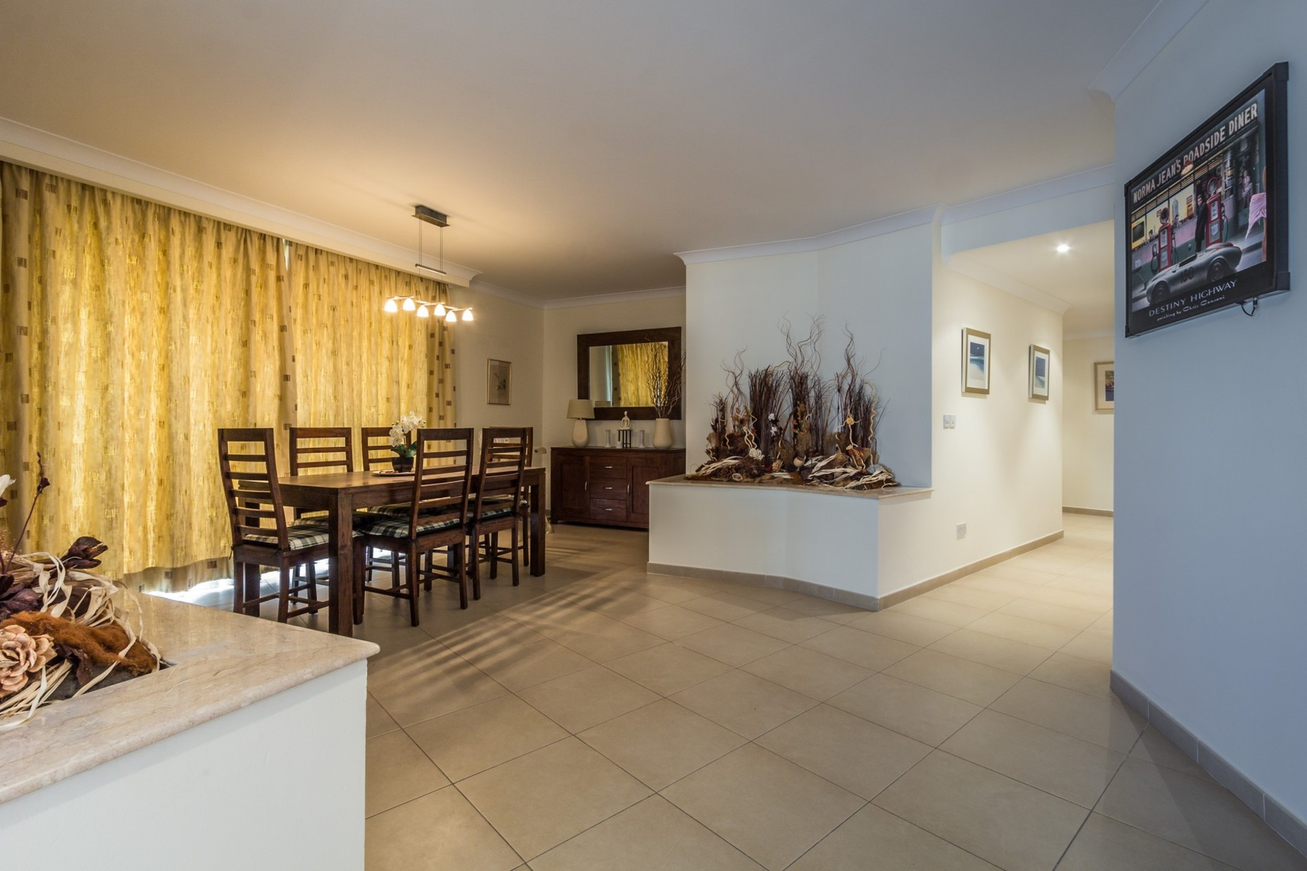 4 bed Apartment For Rent in St Julian's, St Julian's - thumb 5