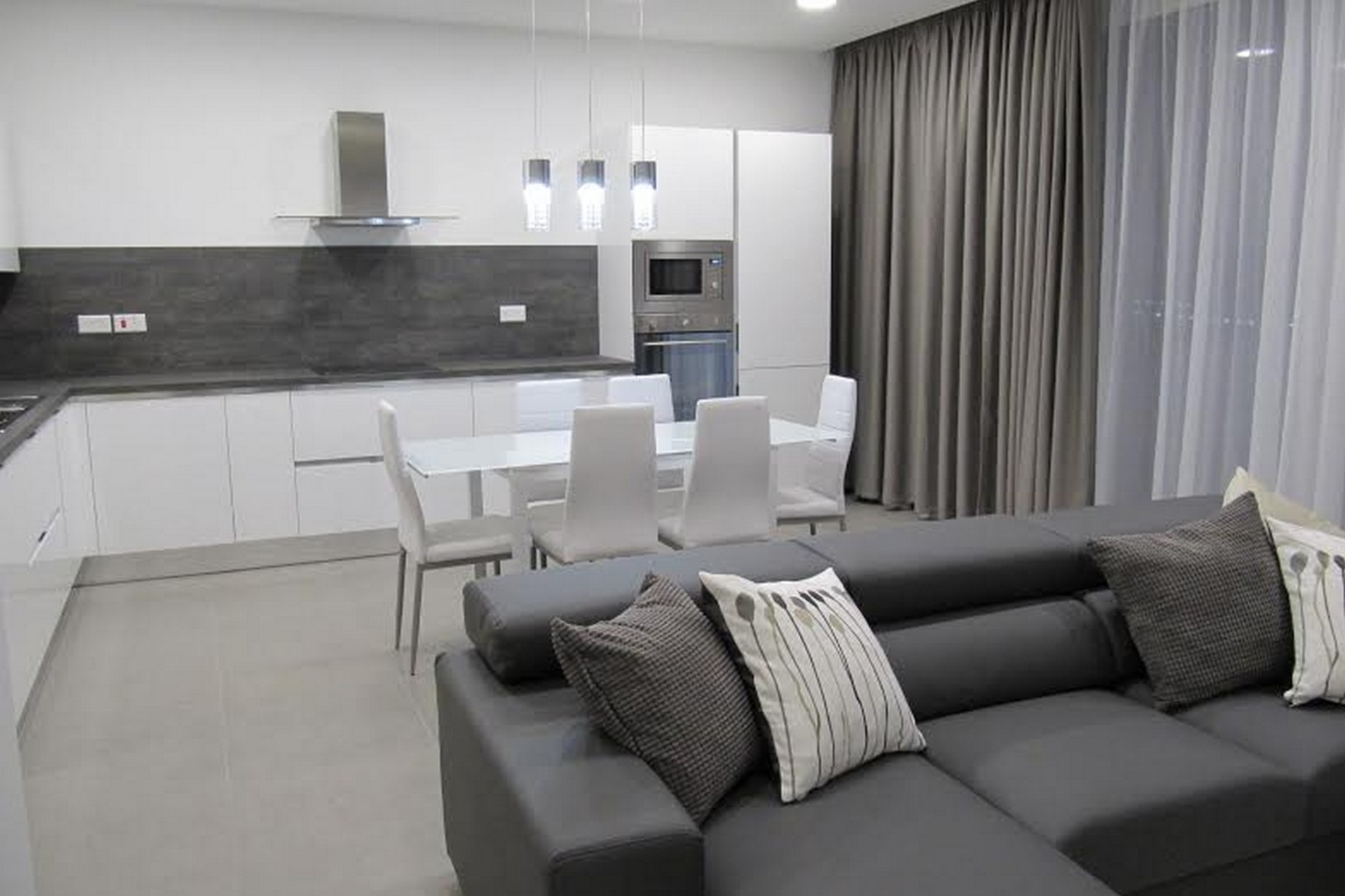 2 bed Apartment For Rent in Gzira, Gzira - thumb 5