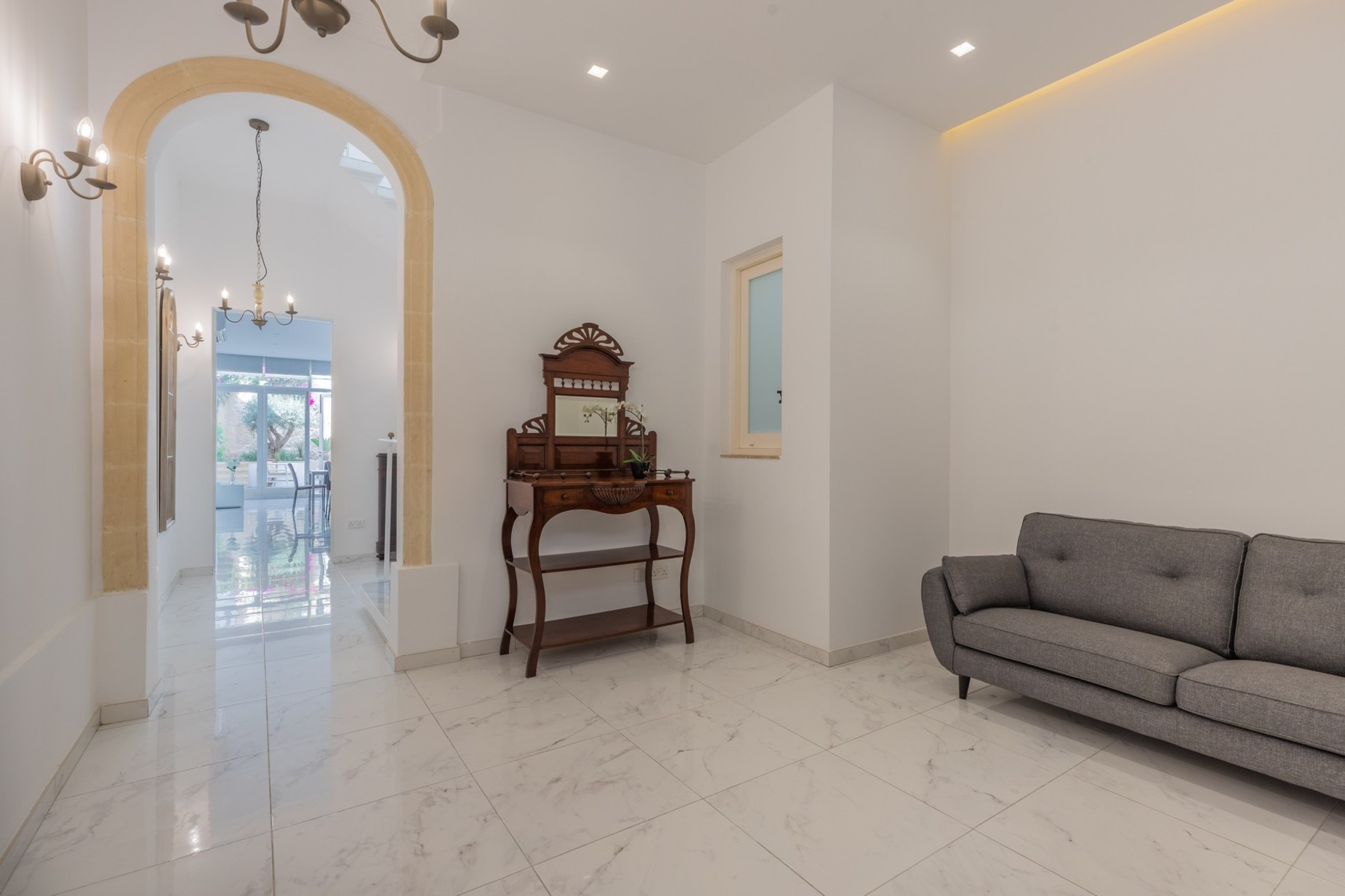 3 bed Town House For Rent in Sliema, Sliema - thumb 18