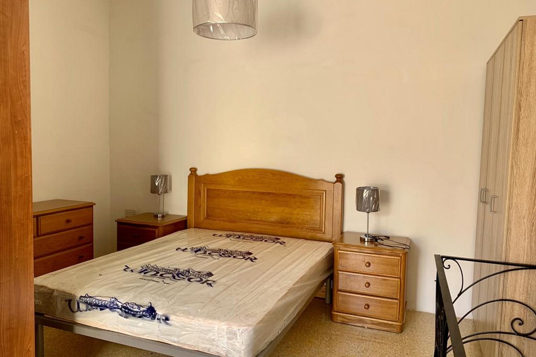 2 bed Maisonette For Rent in Gzira, Gzira - thumb 5