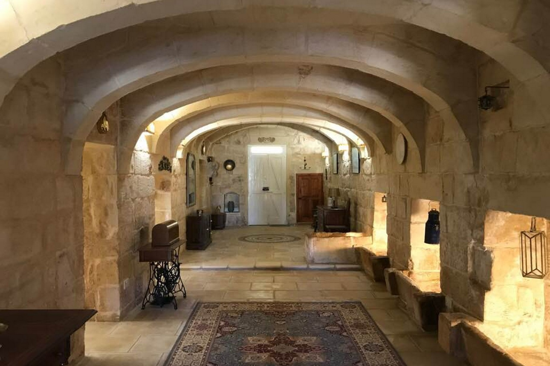 4 bed House of Character For Rent in Gharghur, Gharghur - thumb 2