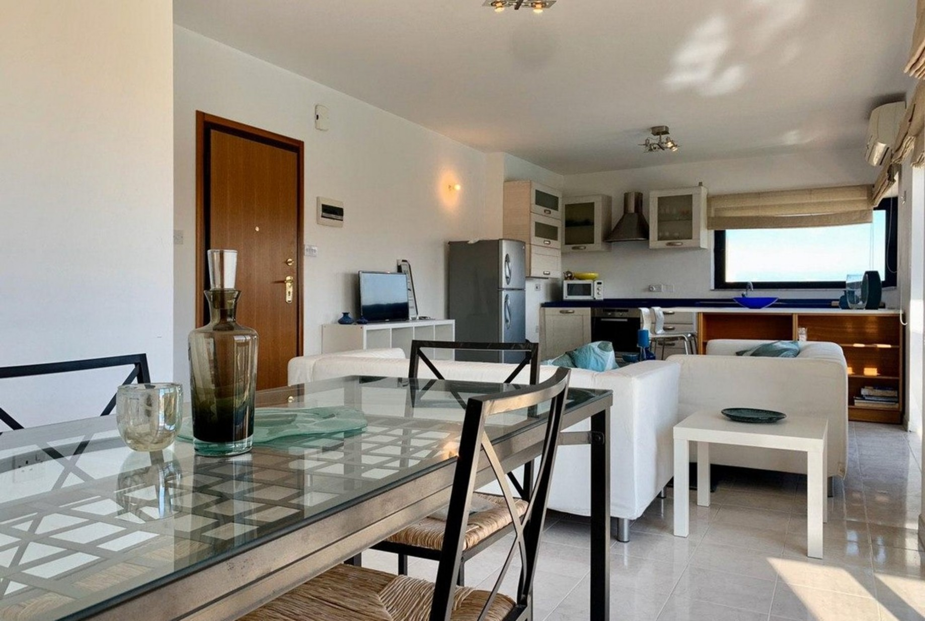 2 bed Apartment For Rent in St Julian's, St Julian's - thumb 6
