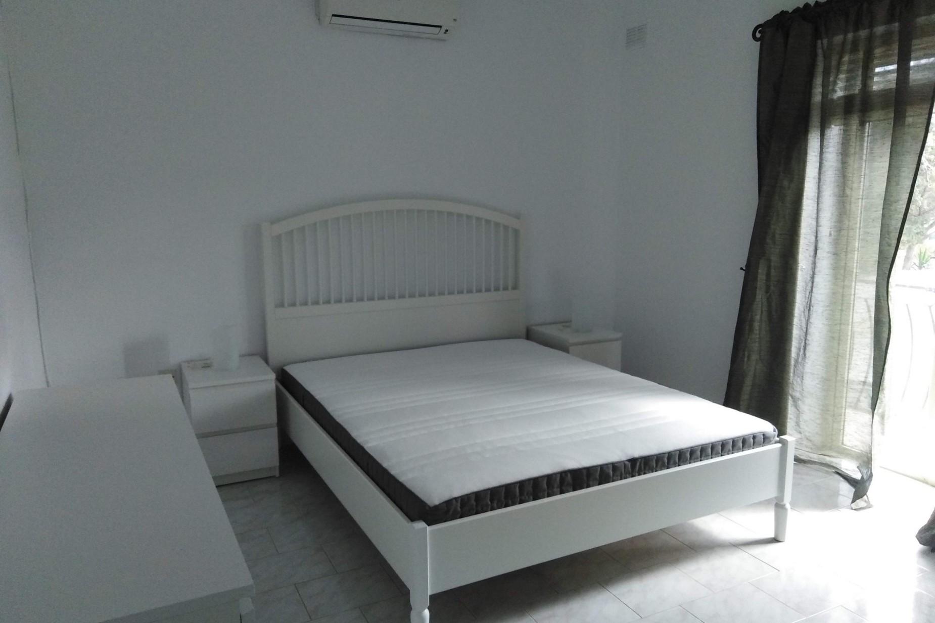3 bed Villa For Rent in Bahar ic-Caghaq, Bahar ic-Caghaq - thumb 8