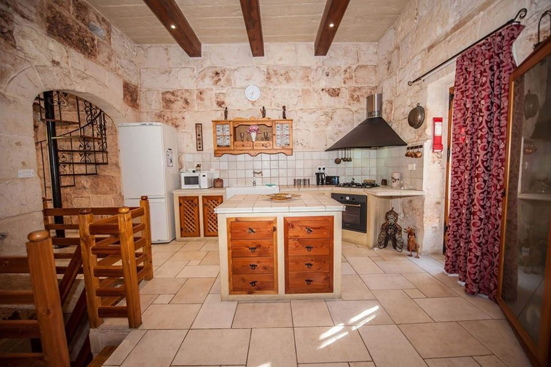4 bed House of Character For Sale in Mellieha, Mellieha - thumb 2