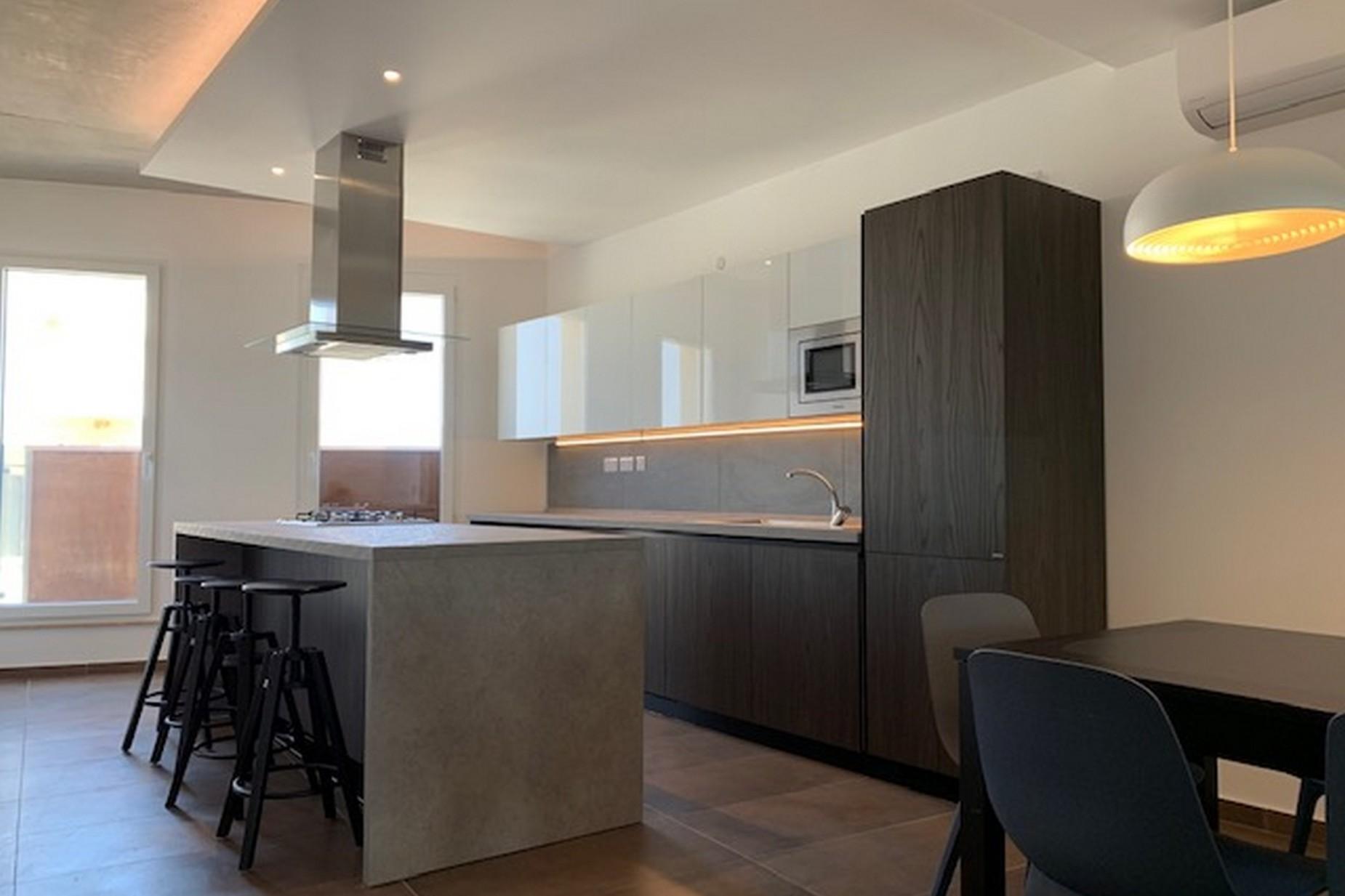 3 bed Maisonette For Rent in Sliema, Sliema - thumb 3