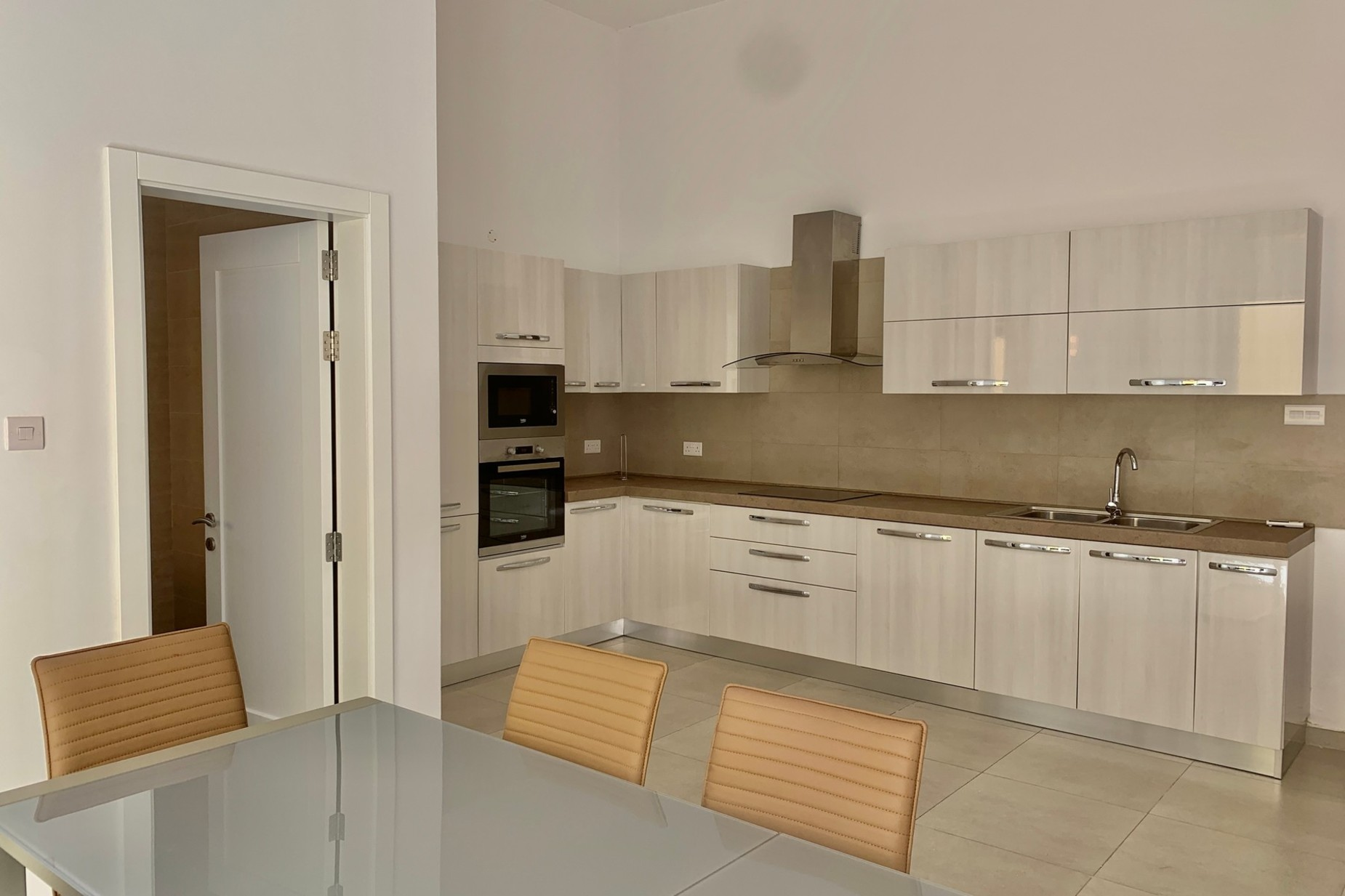 3 bed Town House For Rent in Mellieha, Mellieha - thumb 4