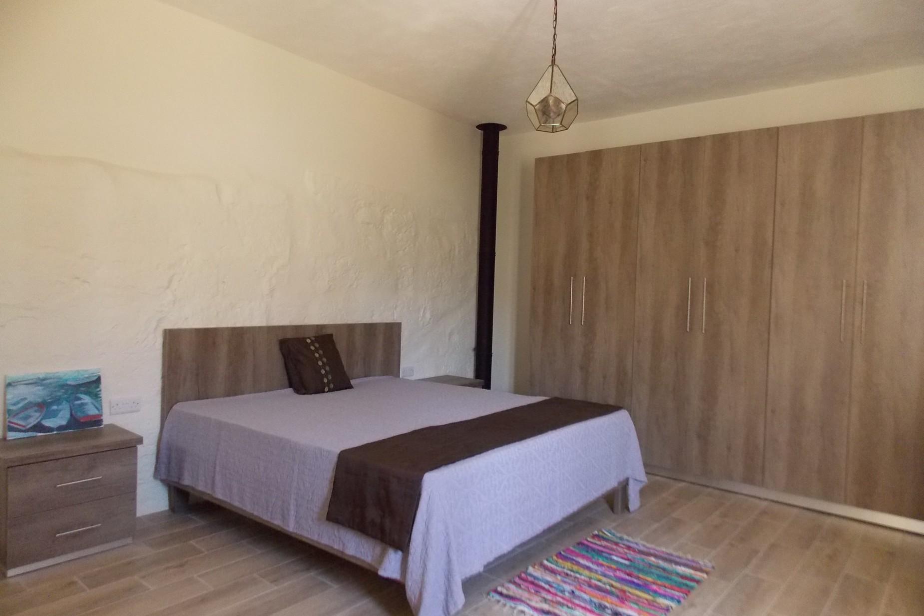 4 bed House of Character For Rent in Zebbug, Zebbug - thumb 8