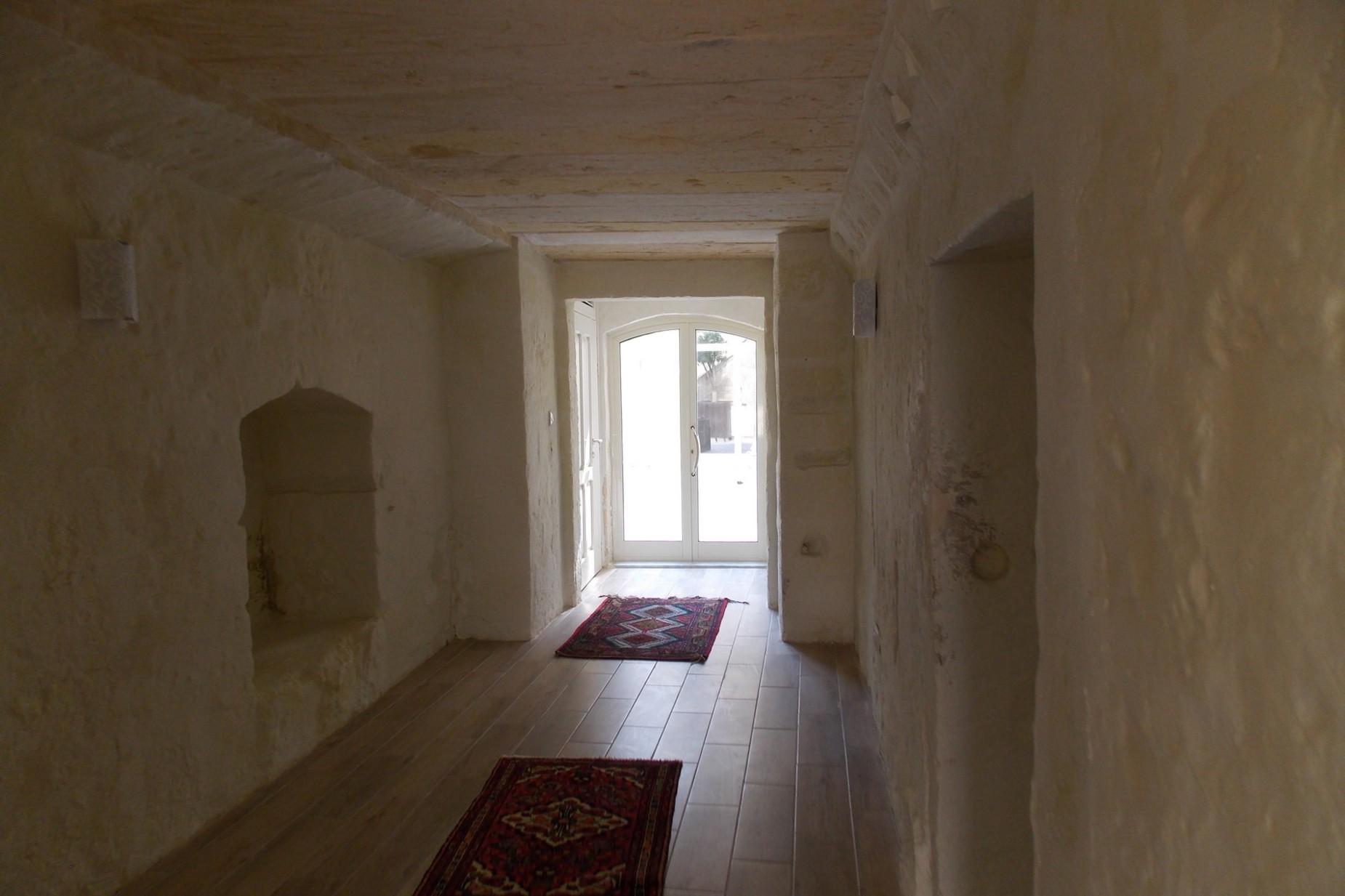 4 bed House of Character For Rent in Zebbug, Zebbug - thumb 3