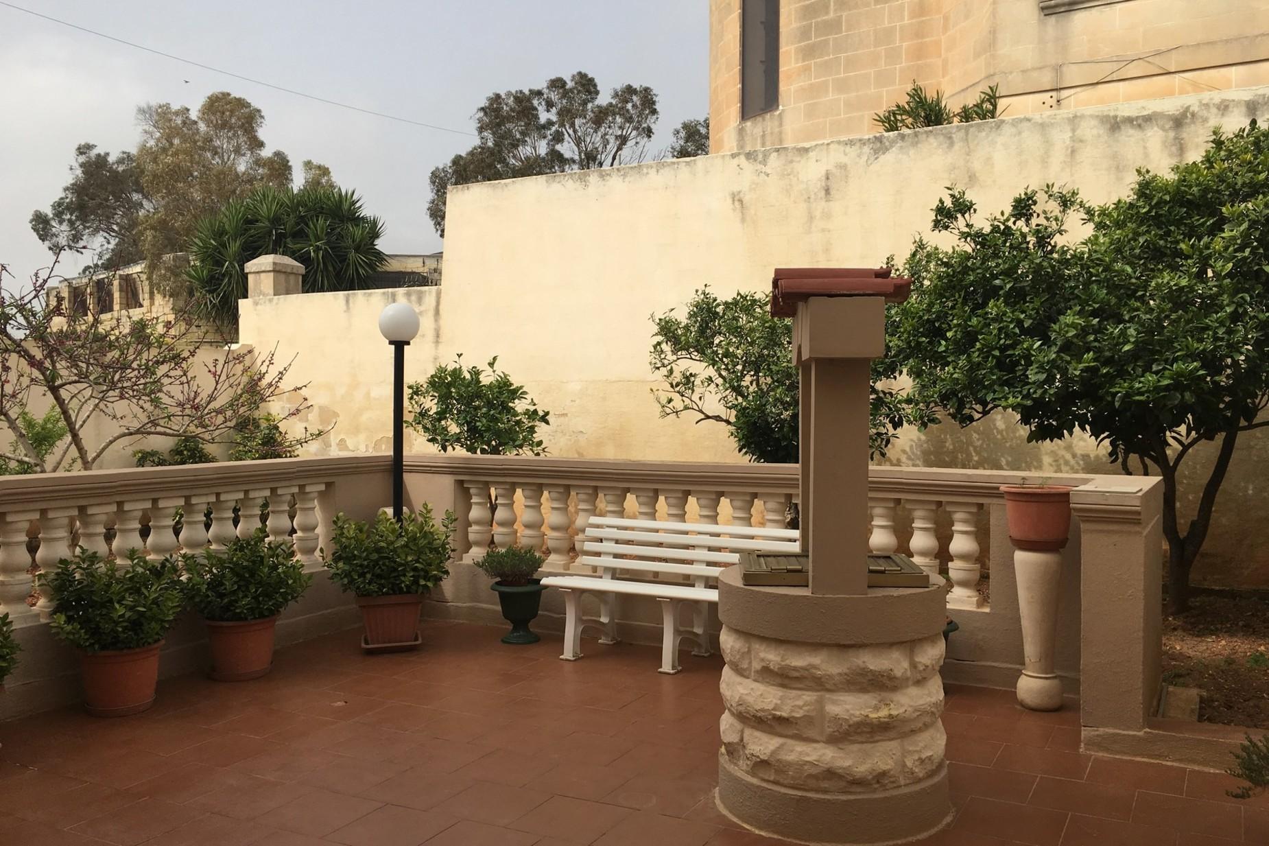 3 bed Villa For Sale in Attard, Attard - thumb 10