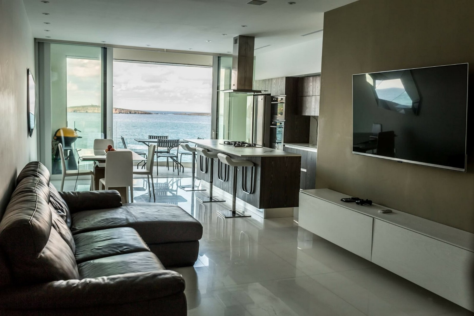 3 bed Apartment For Rent in St Paul's Bay, St Paul's Bay - thumb 3