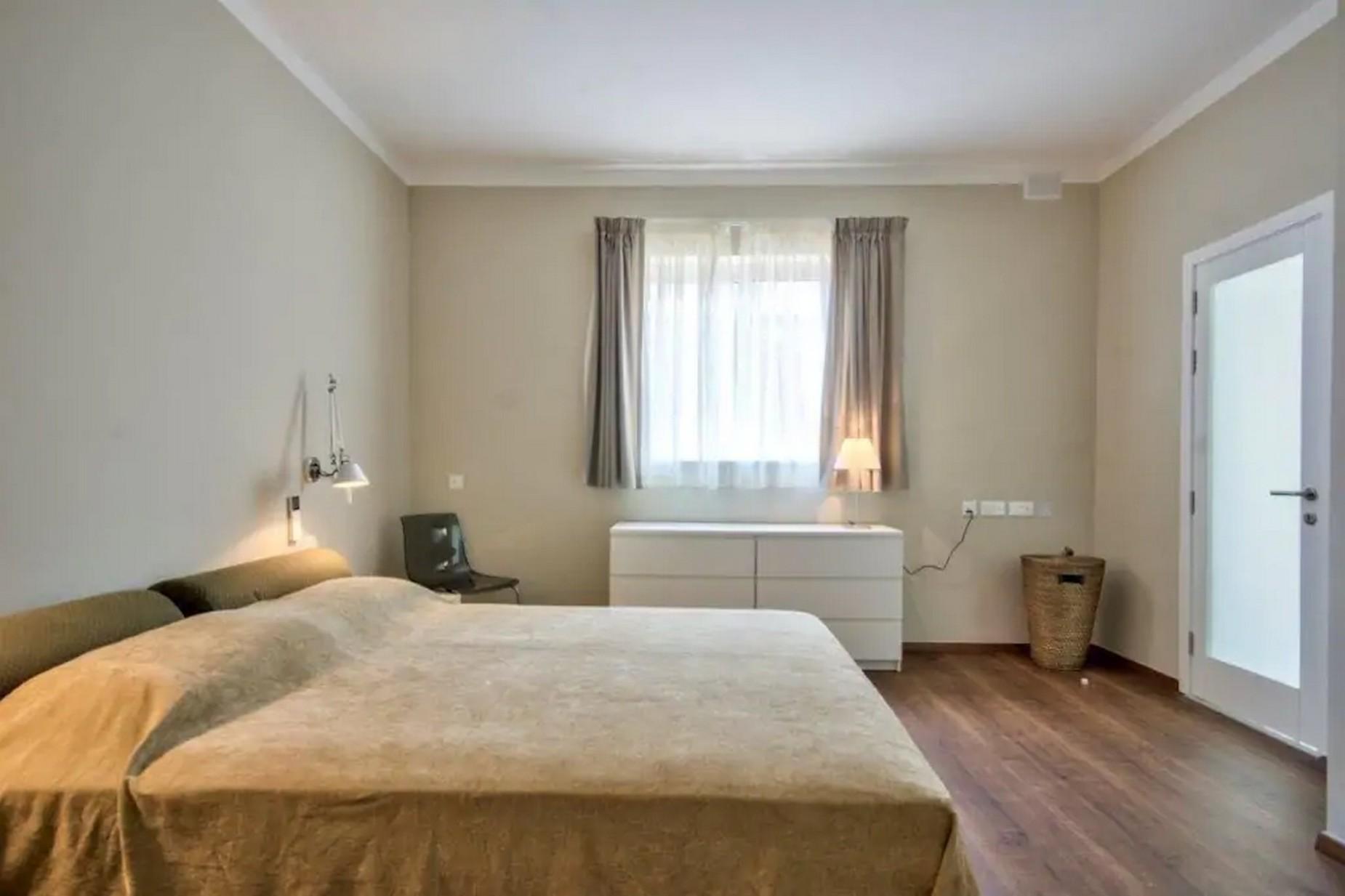 4 bed Villa For Rent in St Julian's, St Julian's - thumb 8
