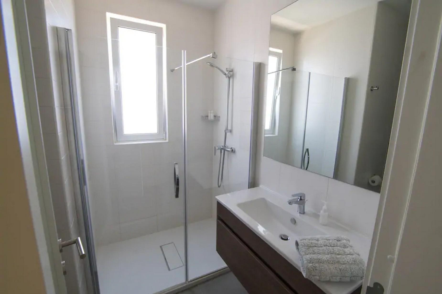 4 bed Villa For Rent in St Julian's, St Julian's - thumb 11