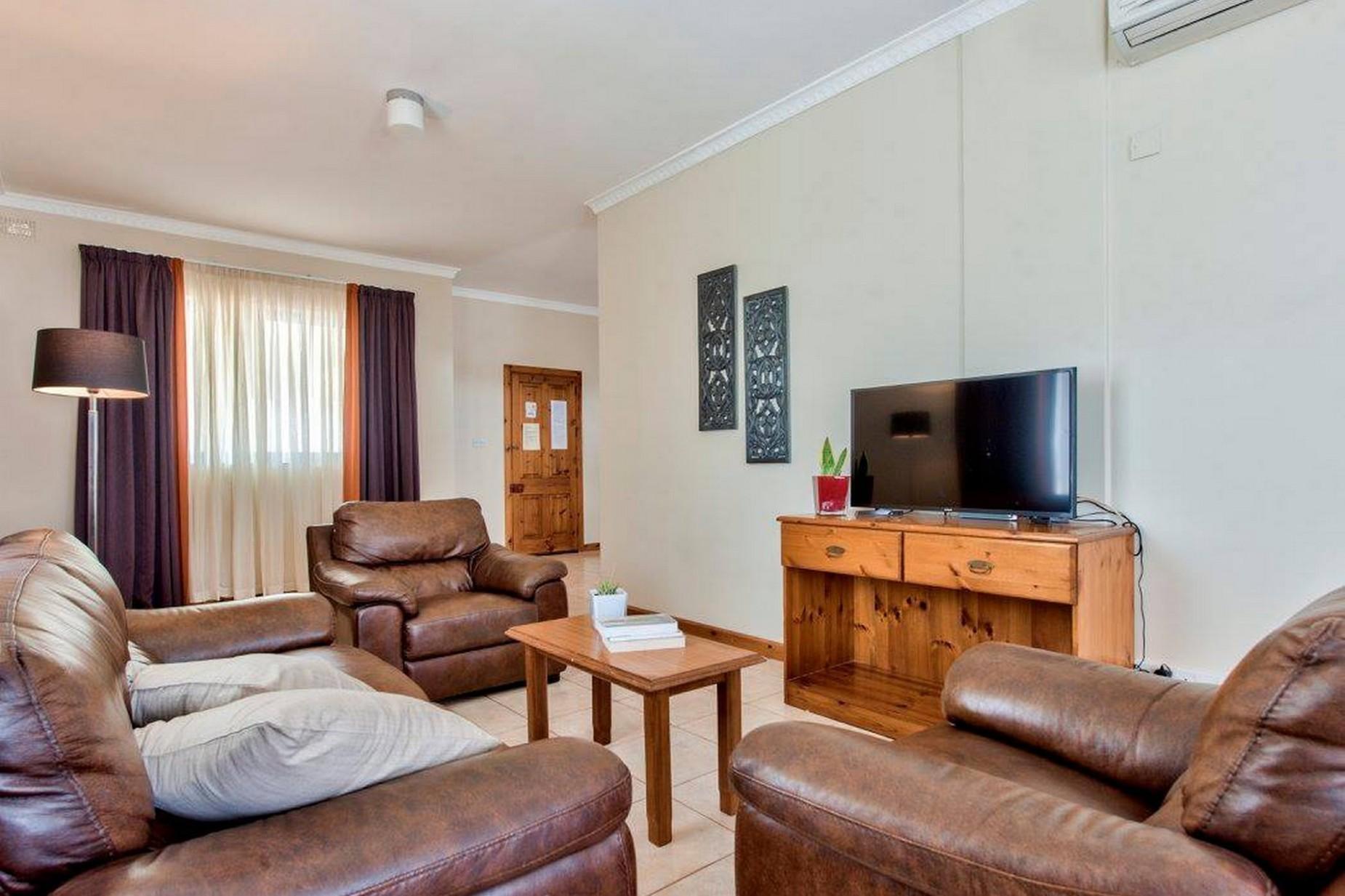 5 bed Villa For Rent in Mellieha, Mellieha - thumb 3