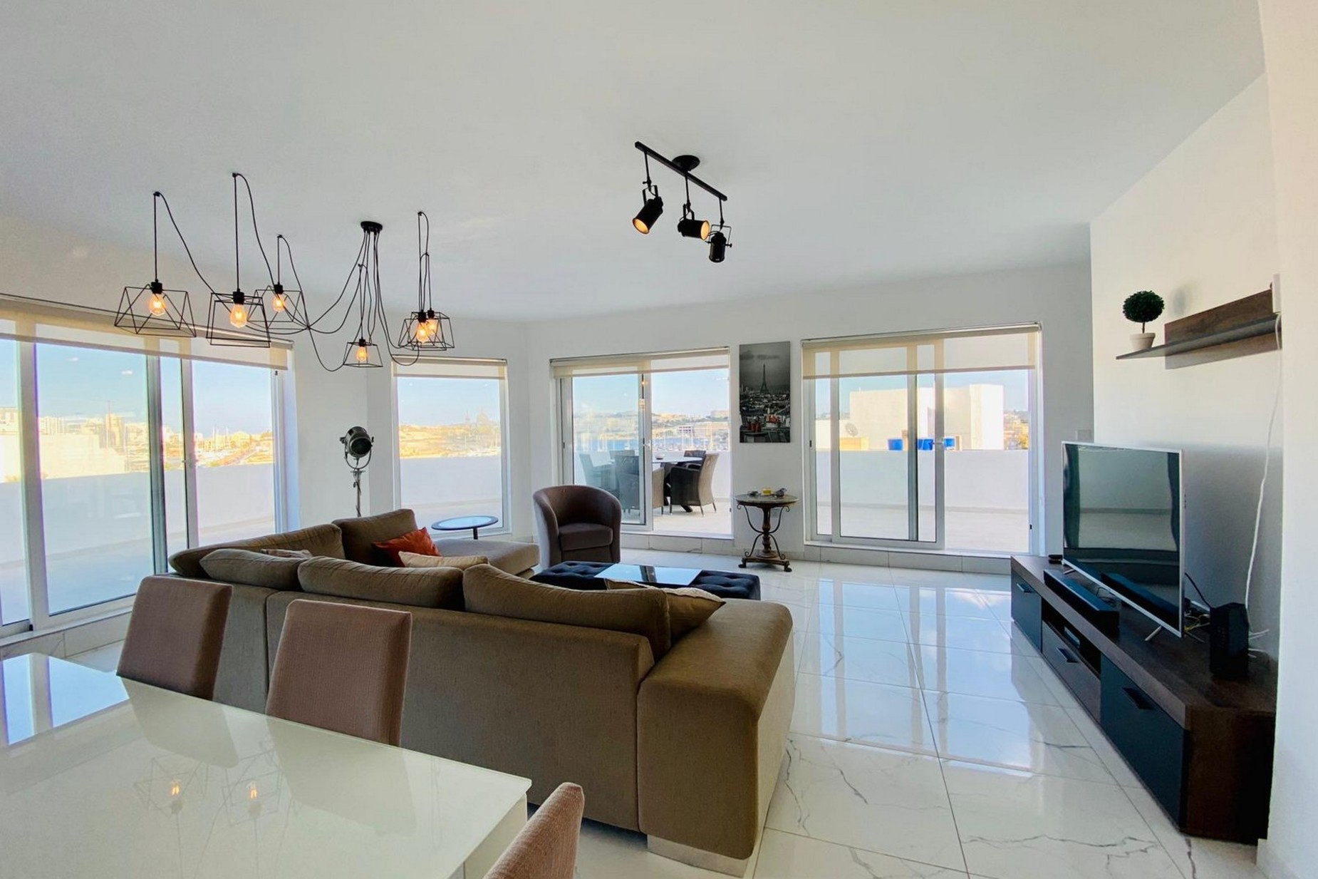 3 bed Penthouse For Sale in Gzira, Gzira - thumb 3