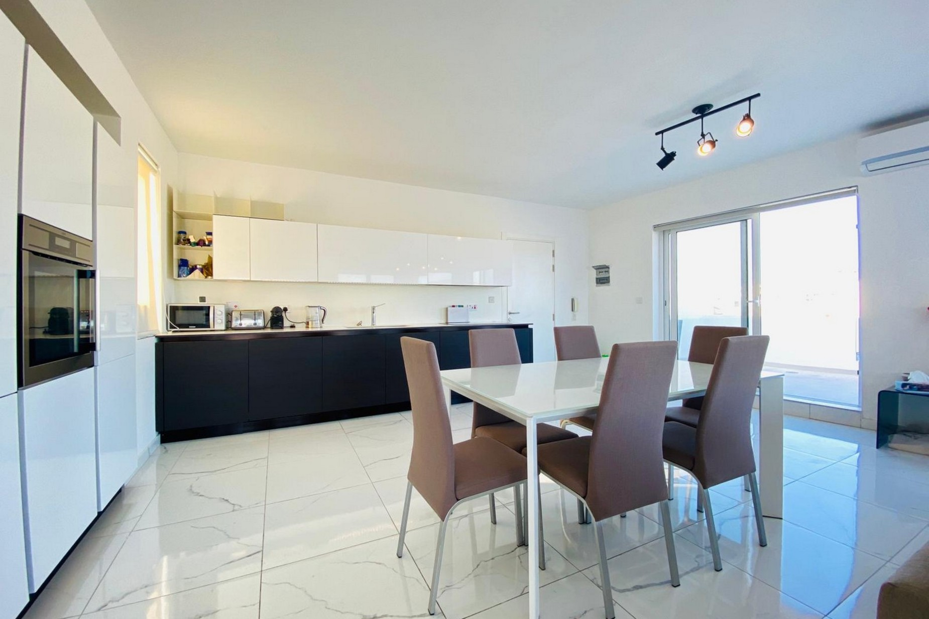 3 bed Penthouse For Sale in Gzira, Gzira - thumb 7