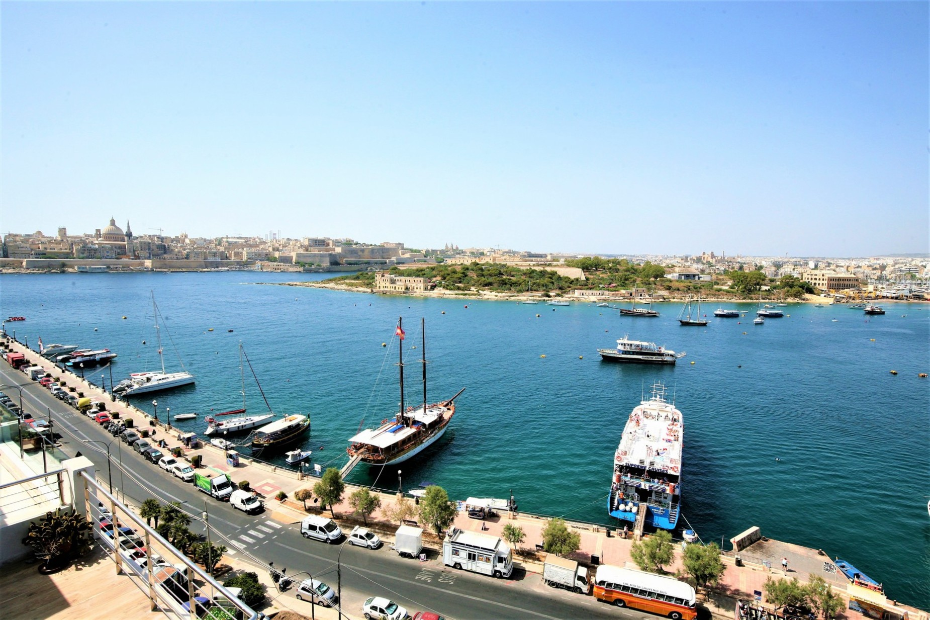 2 bed Penthouse For Rent in Sliema, Sliema - thumb 18