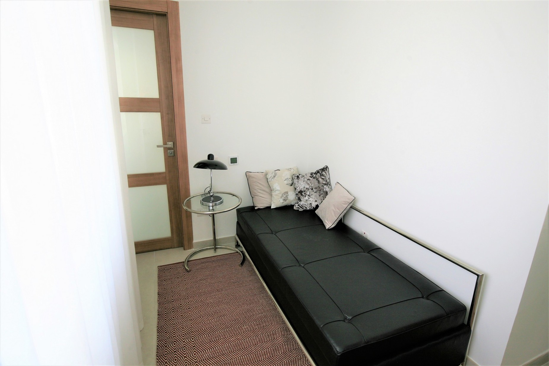 2 bed Penthouse For Rent in Sliema, Sliema - thumb 17