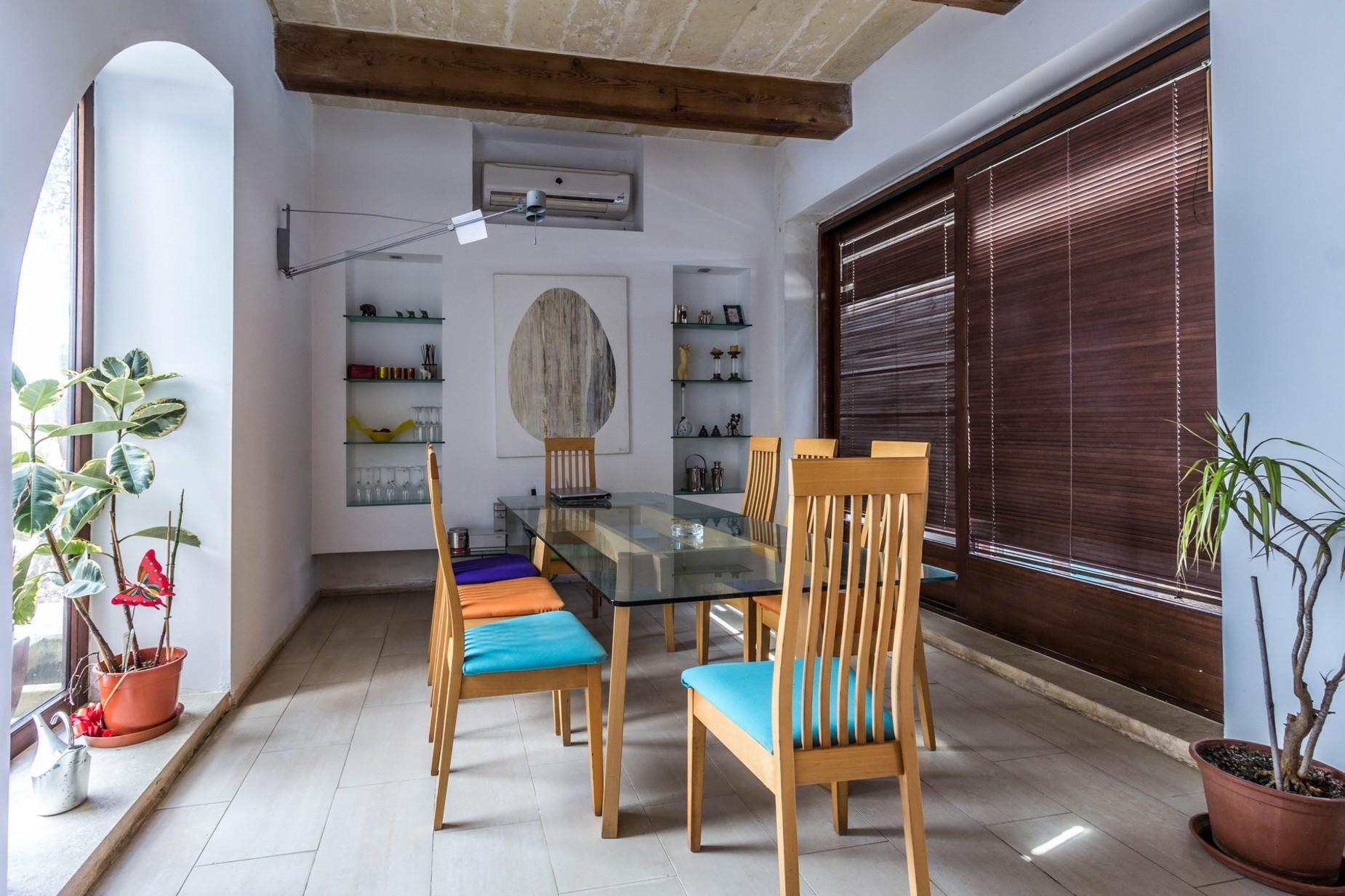 6 bed Farmhouse For Sale in Qala, Qala - thumb 5