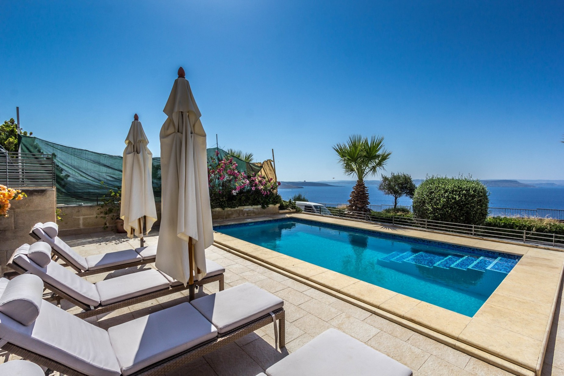 4 bed Villa For Sale in Mgarr (Gozo), Mgarr (Gozo) - thumb 2