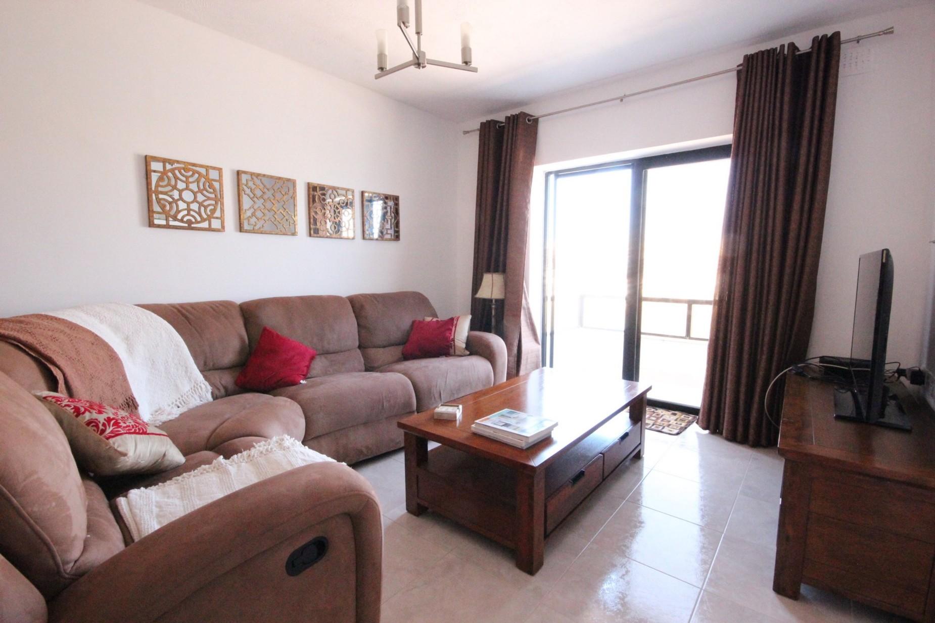 3 bed Apartment For Rent in Naxxar, Naxxar - thumb 2