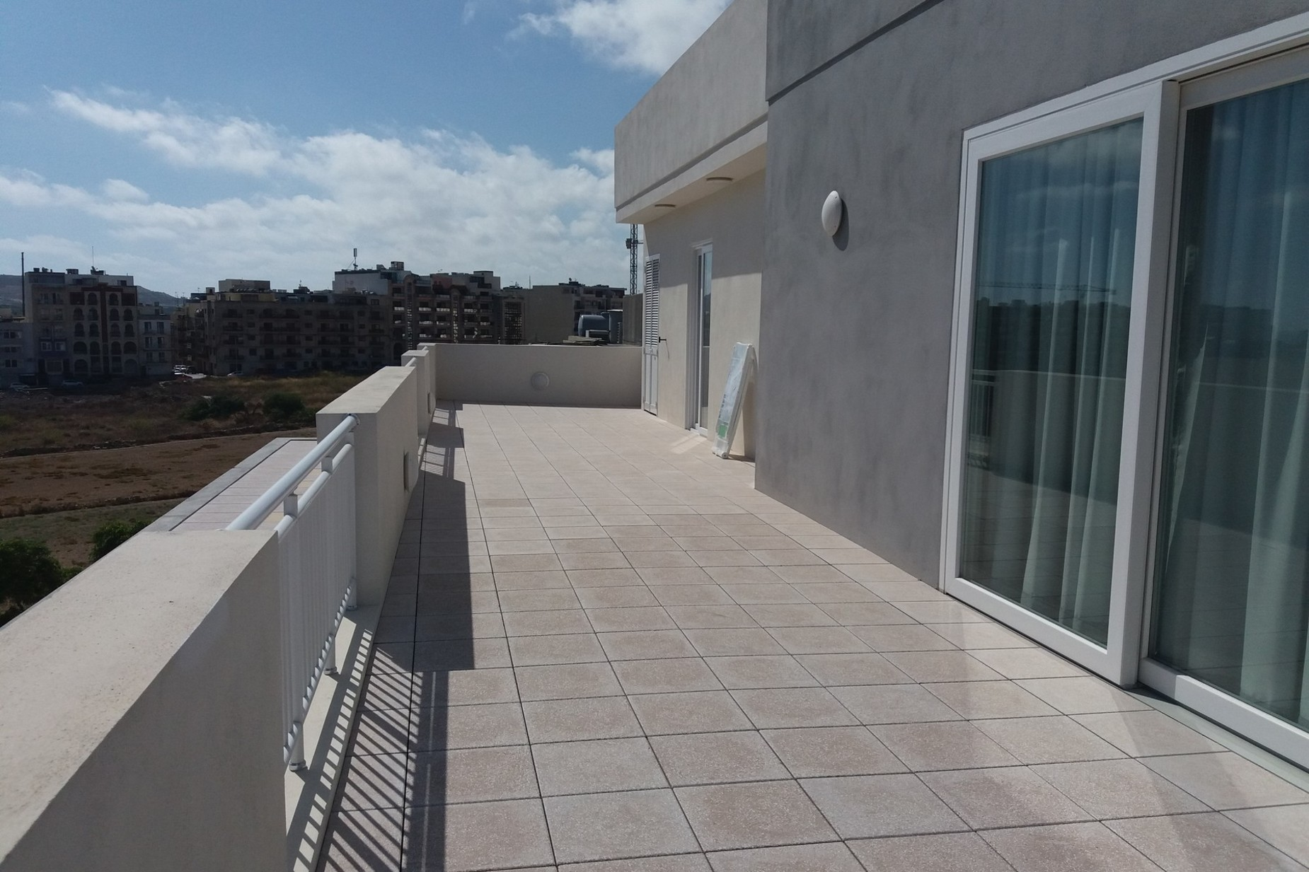 2 bed Penthouse For Rent in St Paul's Bay, St Paul's Bay - thumb 2