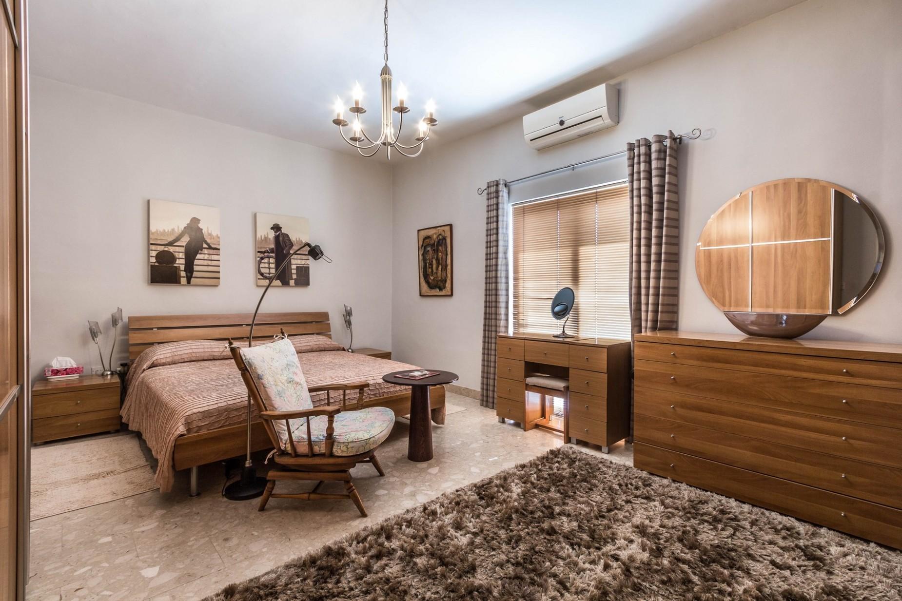 5 bed Penthouse For Sale in St Julian's, St Julian's - thumb 9