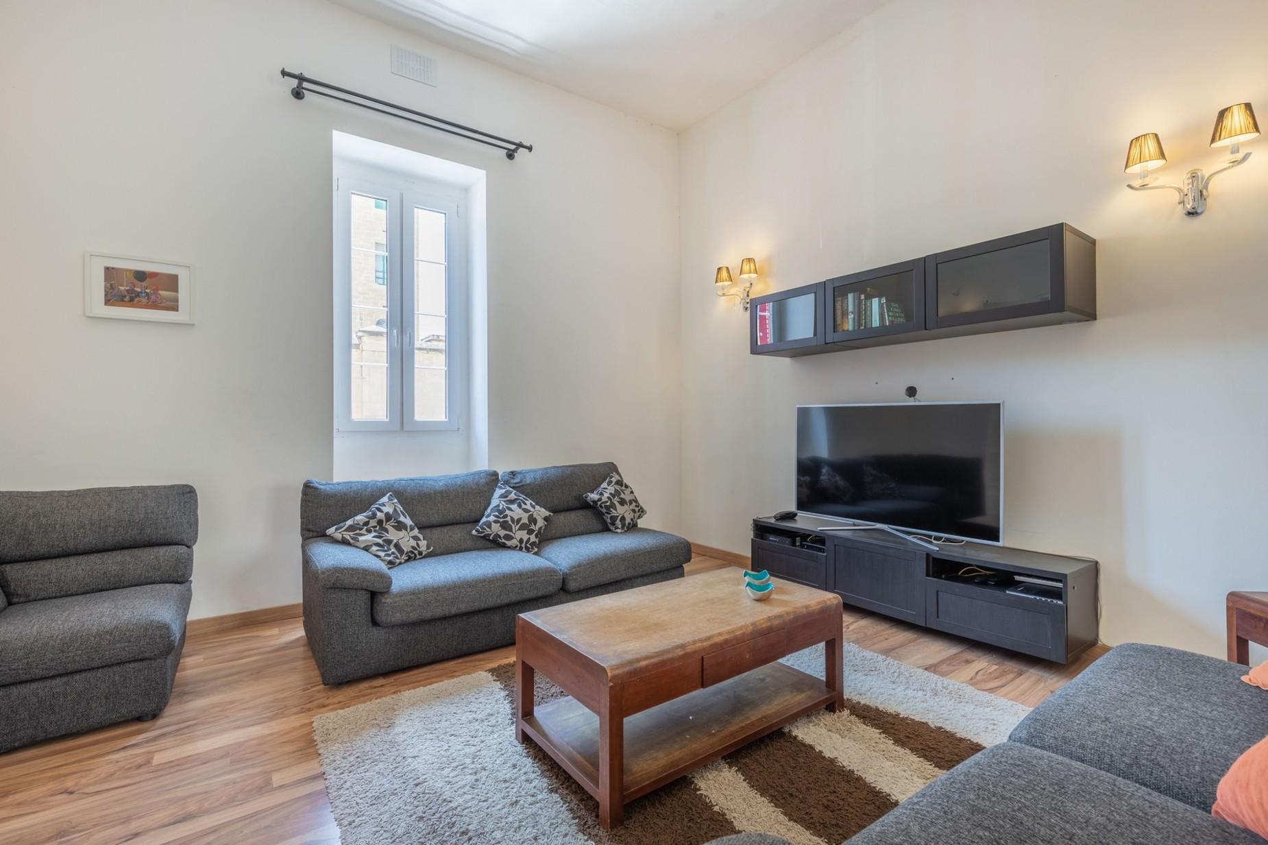 5 bed Town House For Rent in Sliema, Sliema - thumb 4