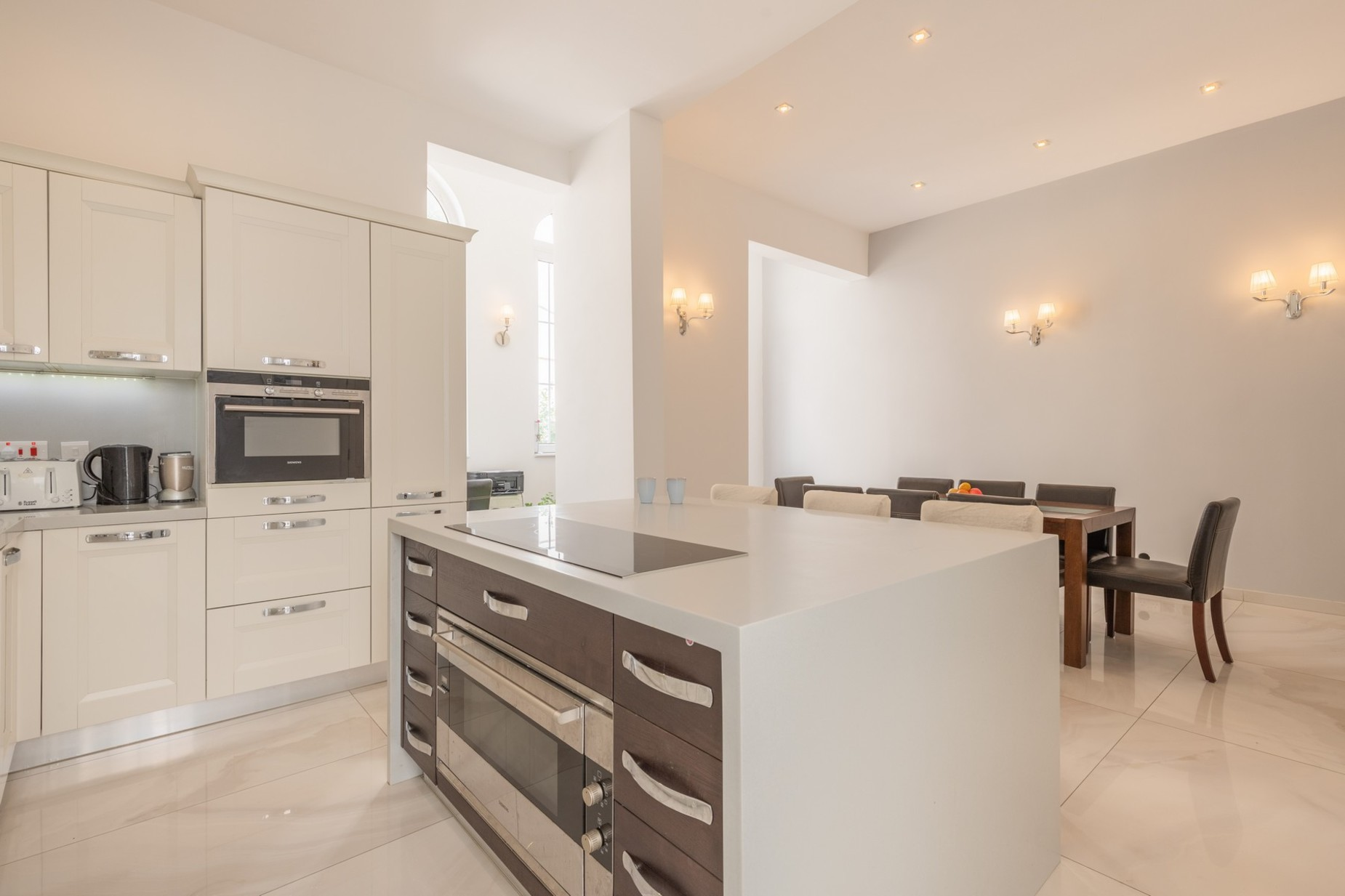 5 bed Town House For Rent in Sliema, Sliema - thumb 10