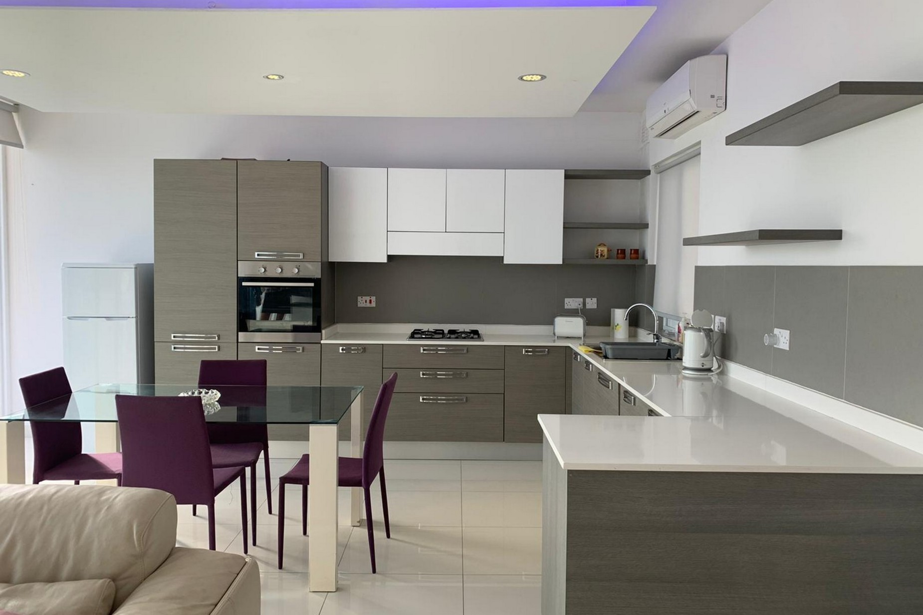 3 bed Penthouse For Rent in St Julian's, St Julian's - thumb 2