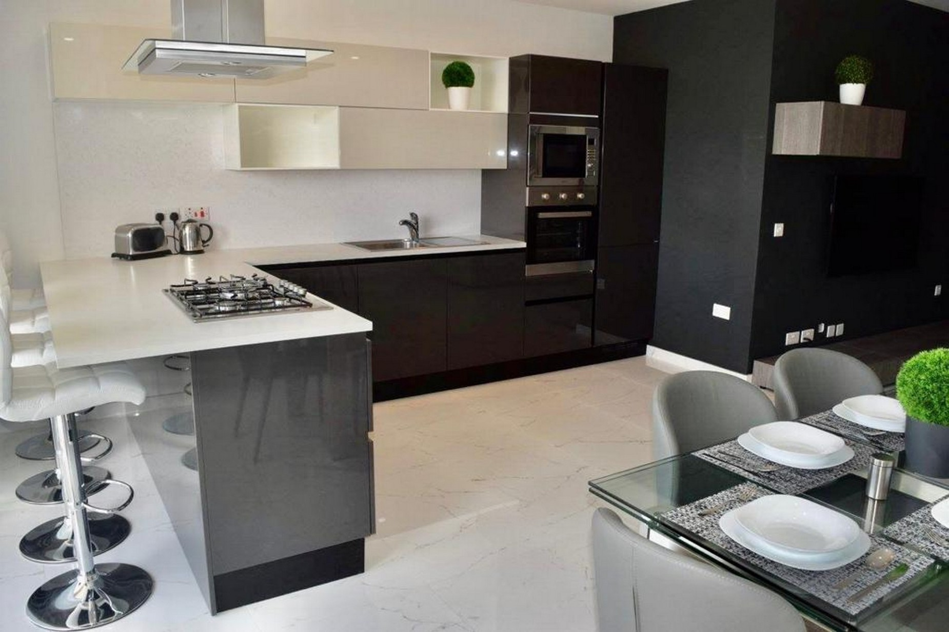 2 bed Apartment For Rent in St Paul's Bay, St Paul's Bay - thumb 5