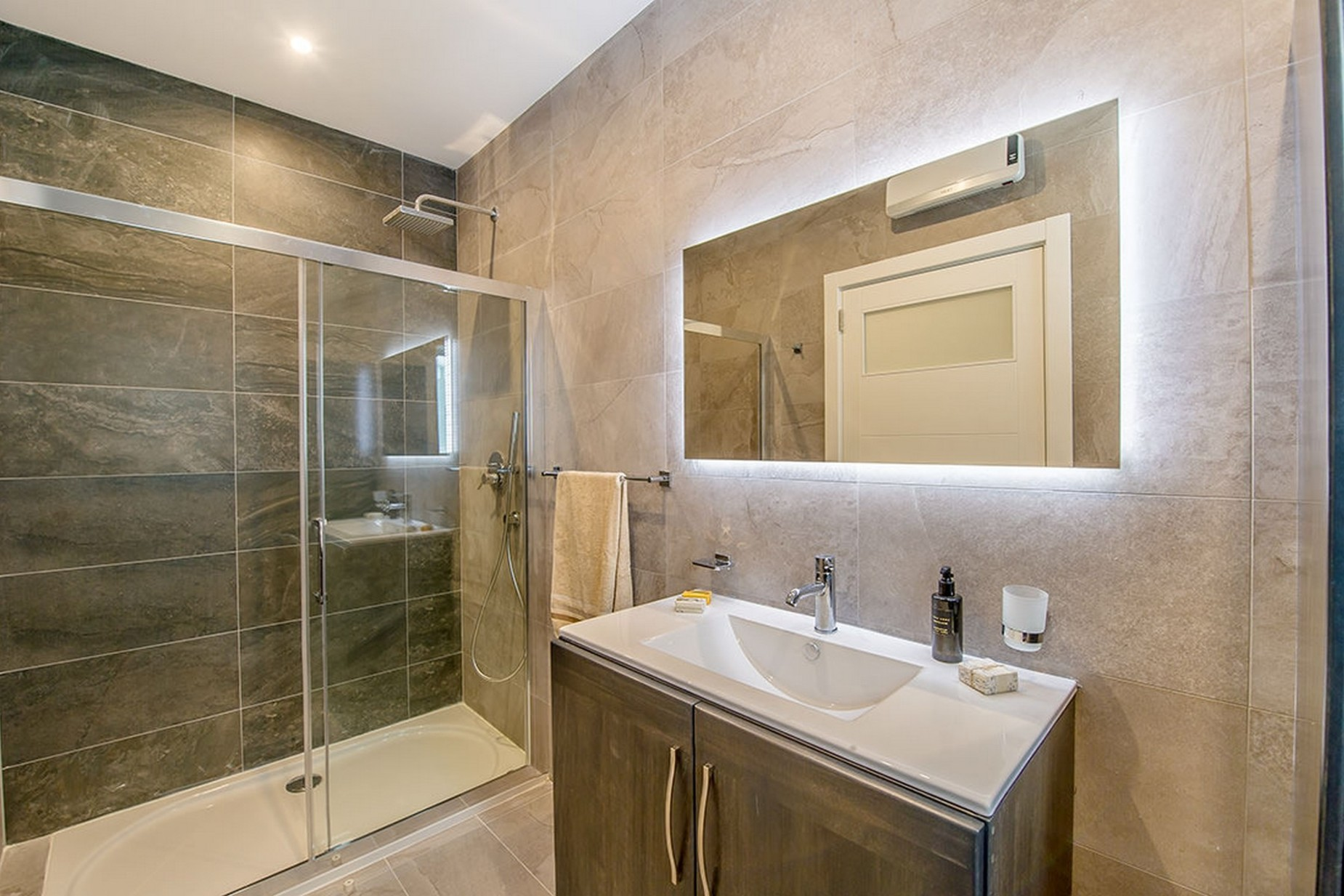 3 bed Apartment For Rent in Mellieha, Mellieha - thumb 12