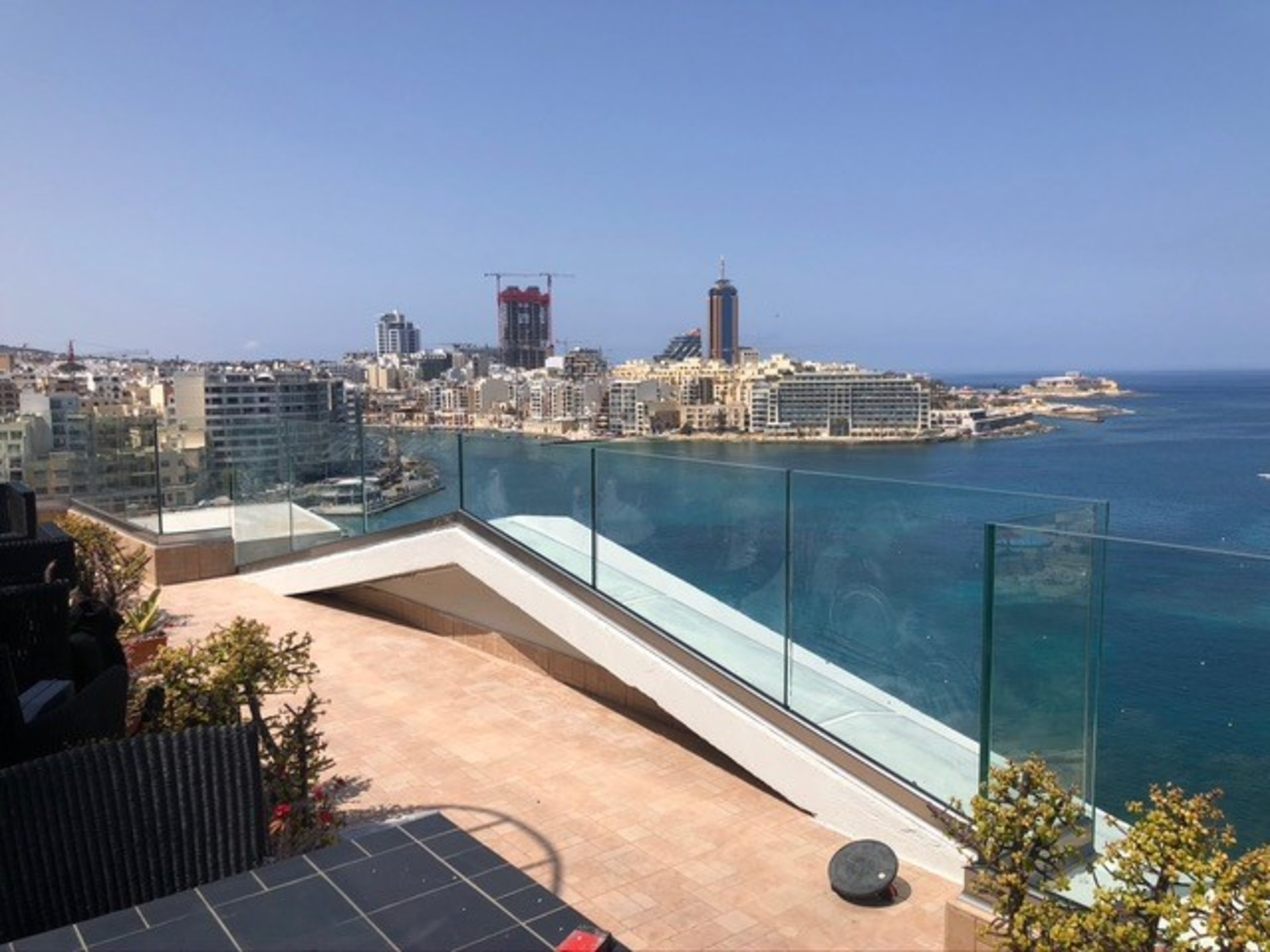 3 bed Penthouse For Rent in Sliema, Sliema - thumb 10