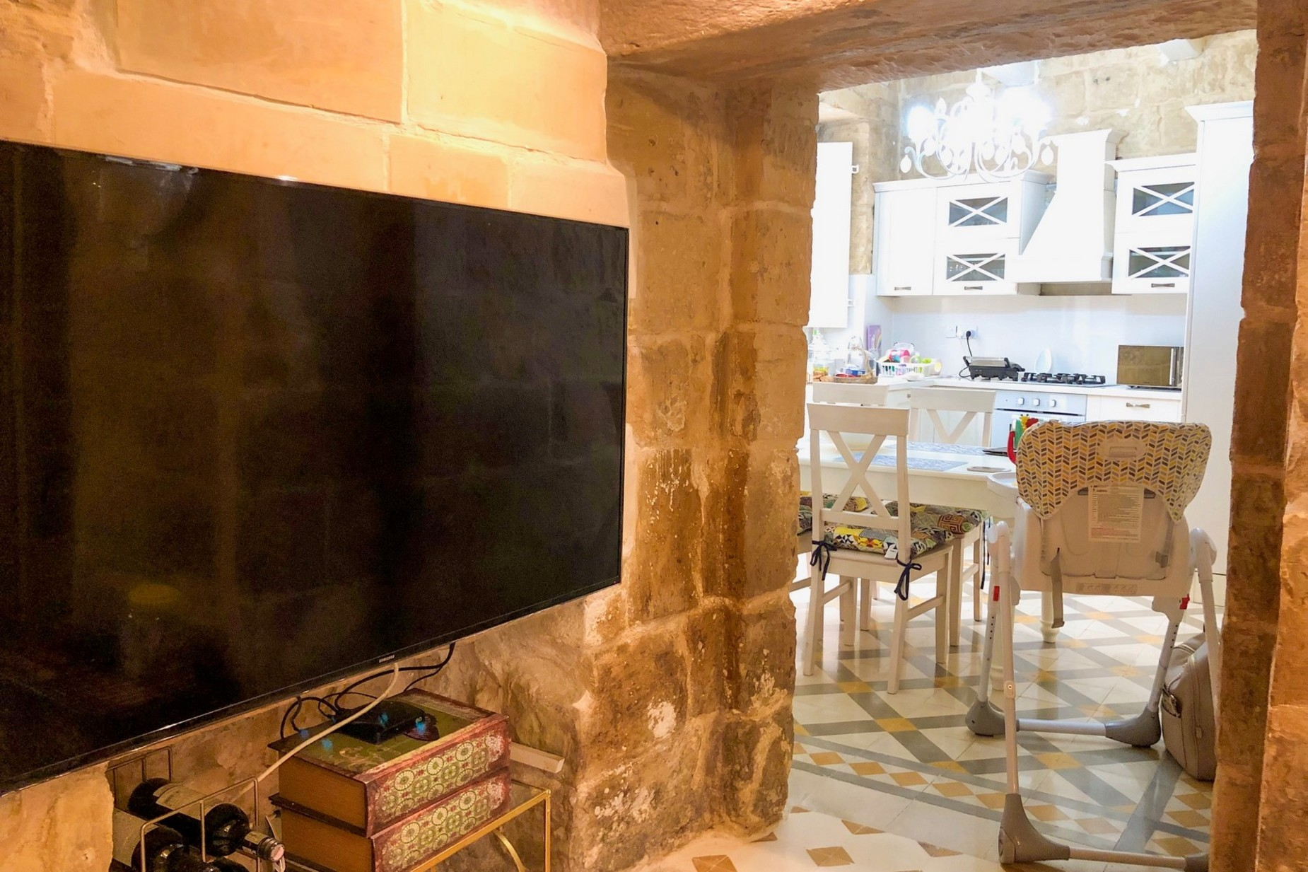 2 bed House of Character For Rent in Attard, Attard - thumb 6