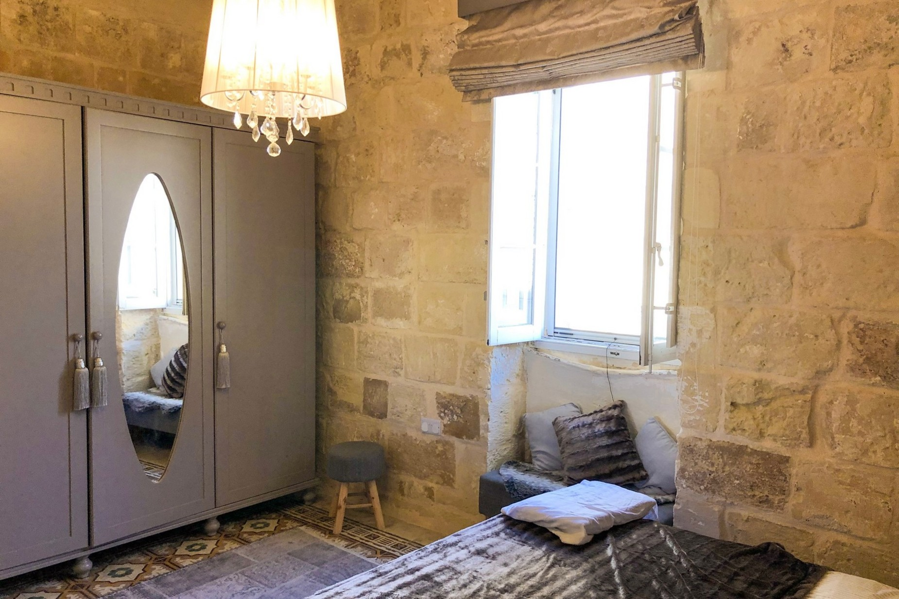 2 bed House of Character For Rent in Attard, Attard - thumb 5