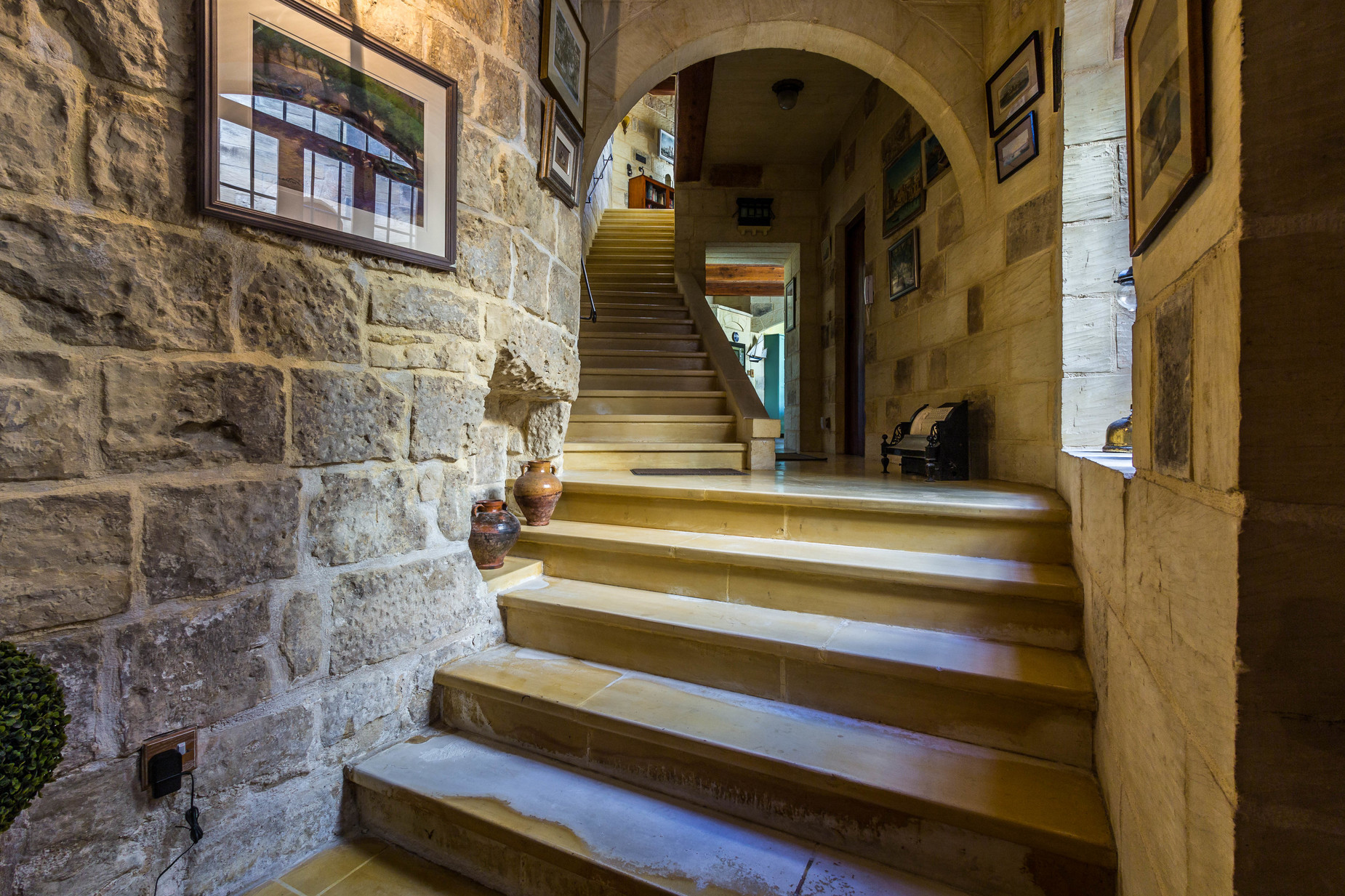 4 bed House of Character For Sale in Zebbug, Zebbug - thumb 10