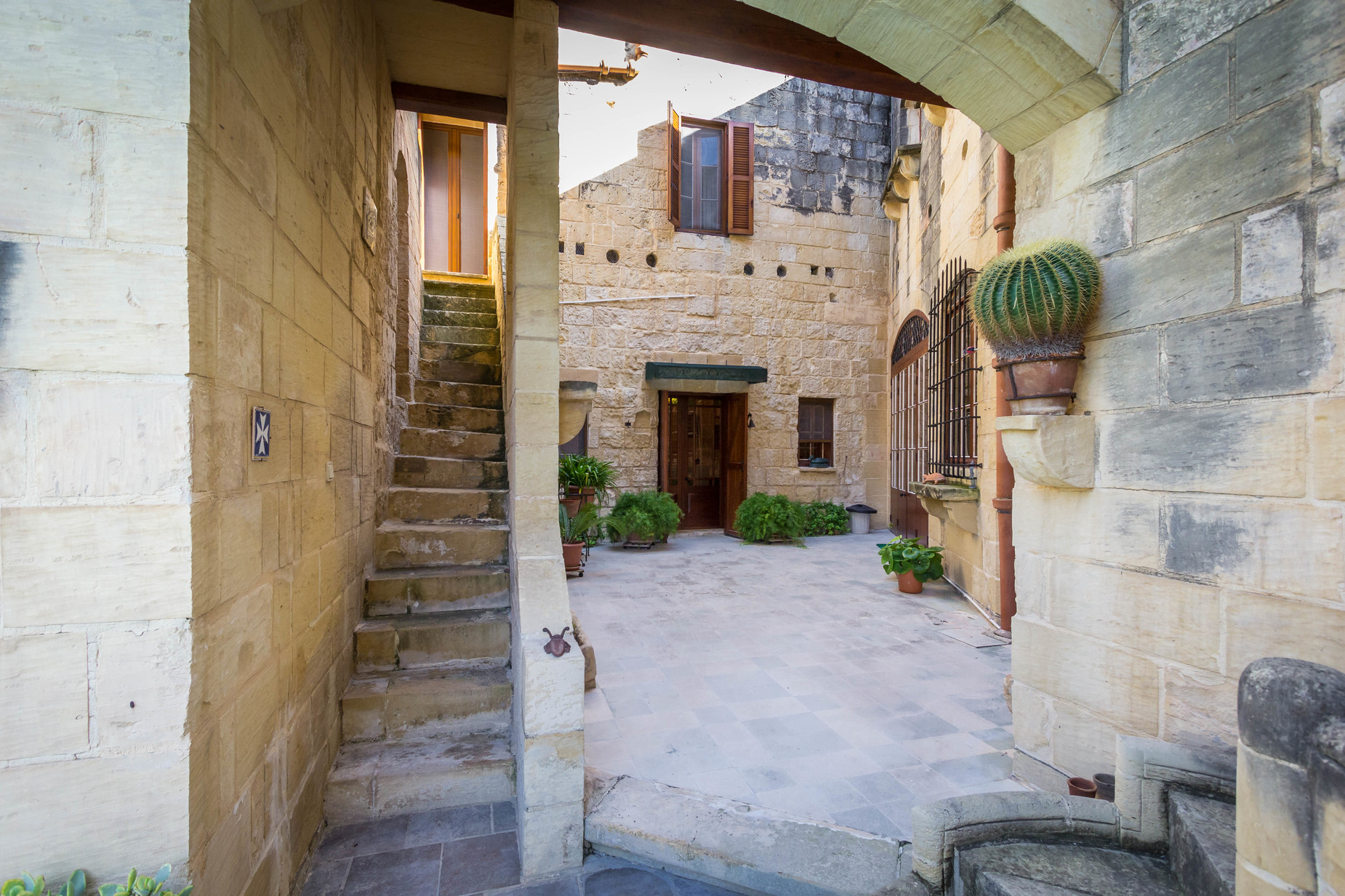 4 bed House of Character For Sale in Zebbug, Zebbug - thumb 9